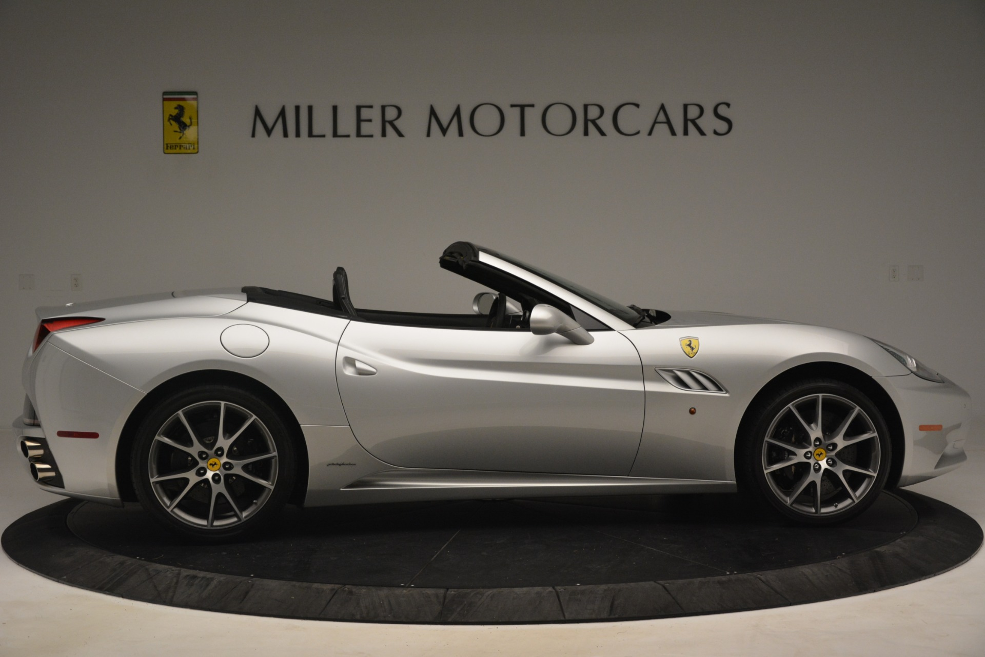 Used 2012 Ferrari California  For Sale In Greenwich, CT. Alfa Romeo of Greenwich, 4550 3117_p9