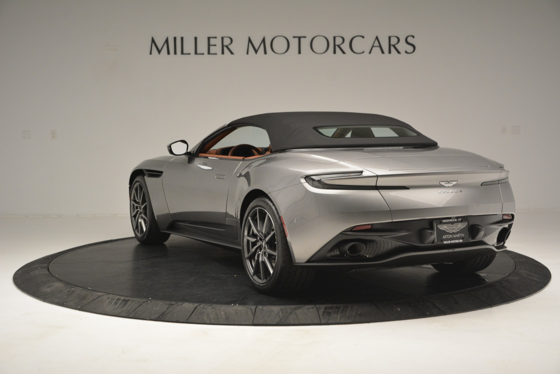 New 2019 Aston Martin DB11 V8 Convertible For Sale In Greenwich, CT. Alfa Romeo of Greenwich, A1333 3121_p16