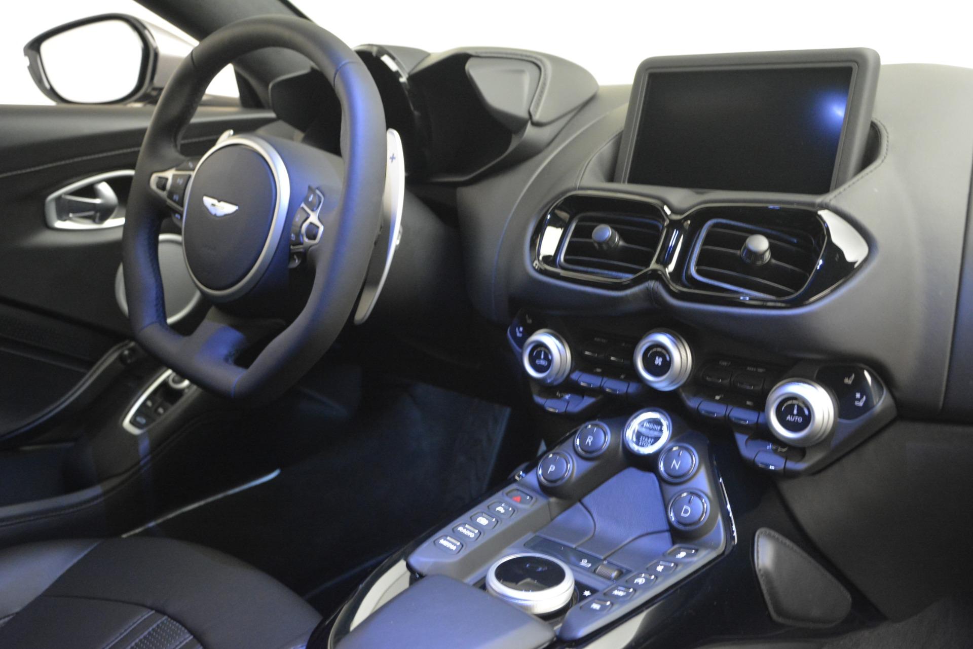 New 2019 Aston Martin Vantage Coupe For Sale In Greenwich, CT. Alfa Romeo of Greenwich, A1335 3122_p18