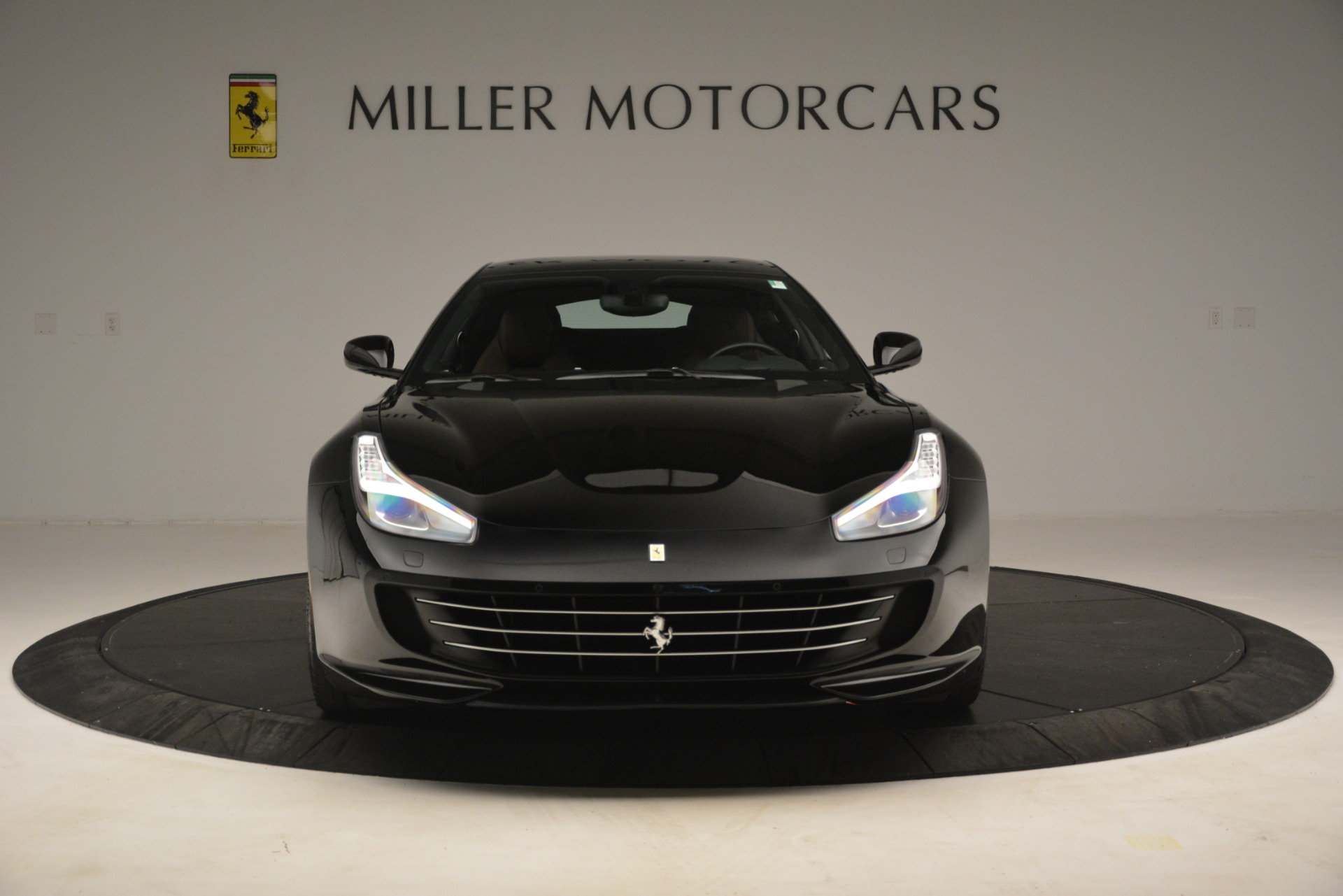 Used 2018 Ferrari GTC4Lusso T  For Sale In Greenwich, CT. Alfa Romeo of Greenwich, 4558 3125_p12