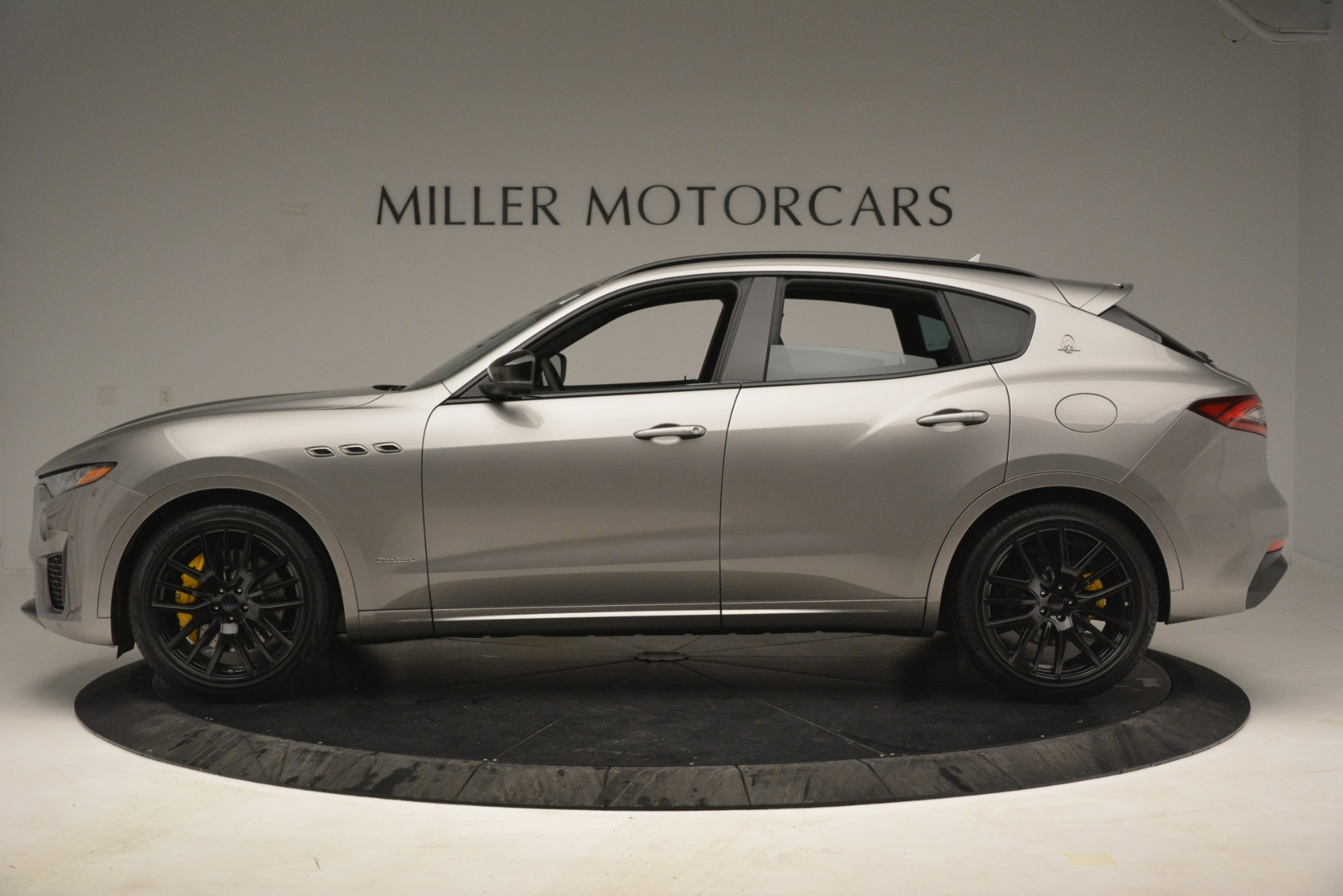 New 2019 Maserati Levante S Q4 GranSport For Sale In Greenwich, CT. Alfa Romeo of Greenwich, M2292 3126_p3