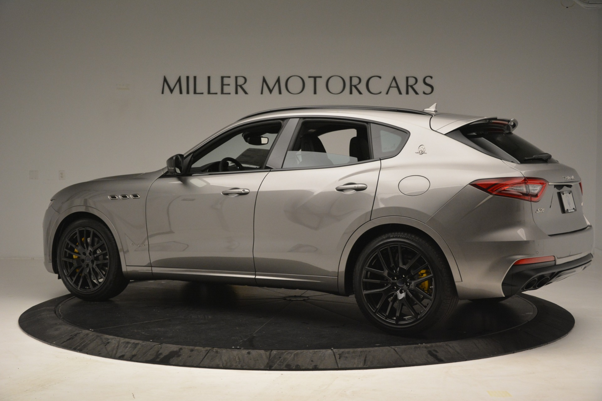 New 2019 Maserati Levante S Q4 GranSport For Sale In Greenwich, CT. Alfa Romeo of Greenwich, M2292 3126_p4