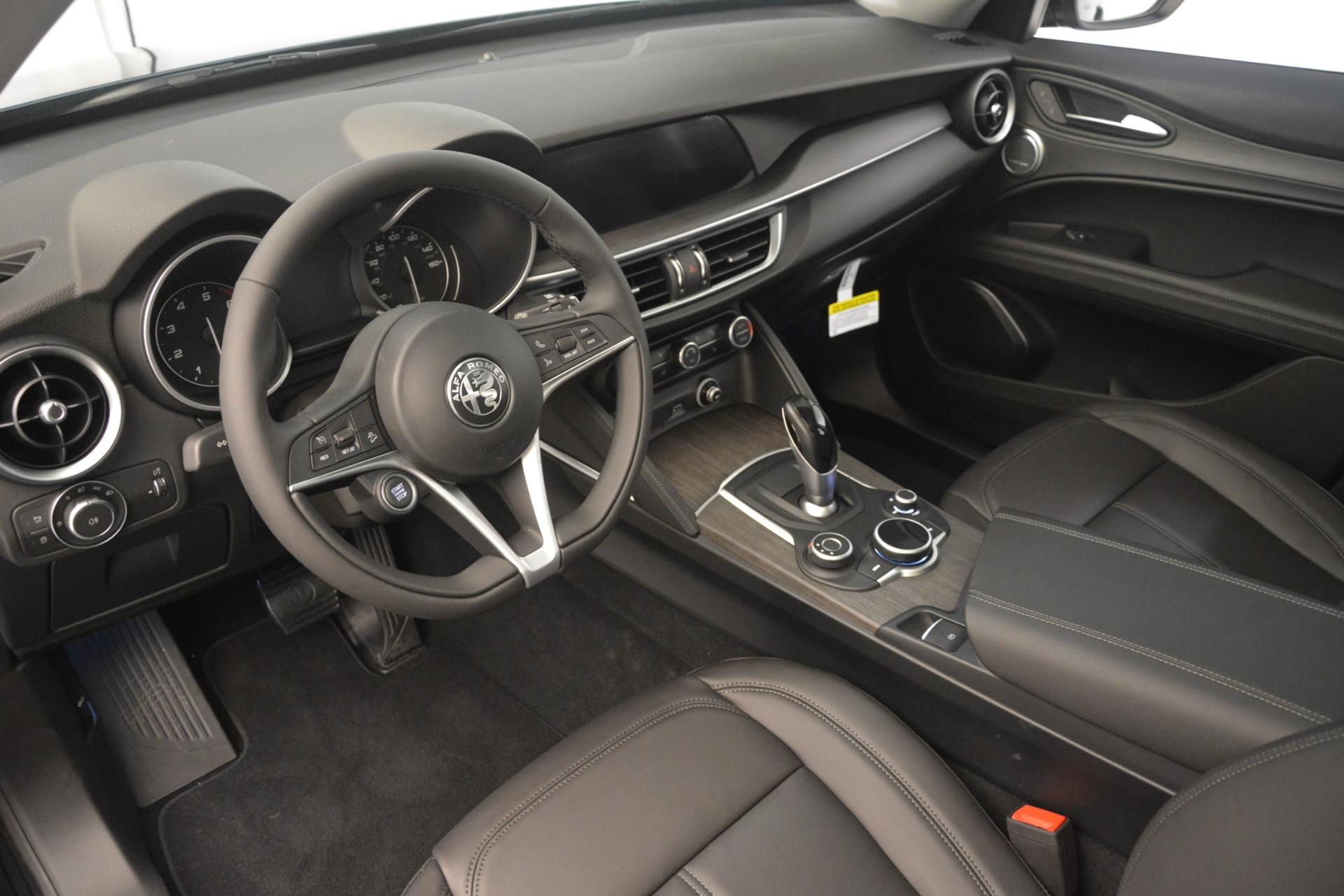 New 2019 Alfa Romeo Stelvio Ti Q4 For Sale In Greenwich, CT. Alfa Romeo of Greenwich, LW317 3127_p13