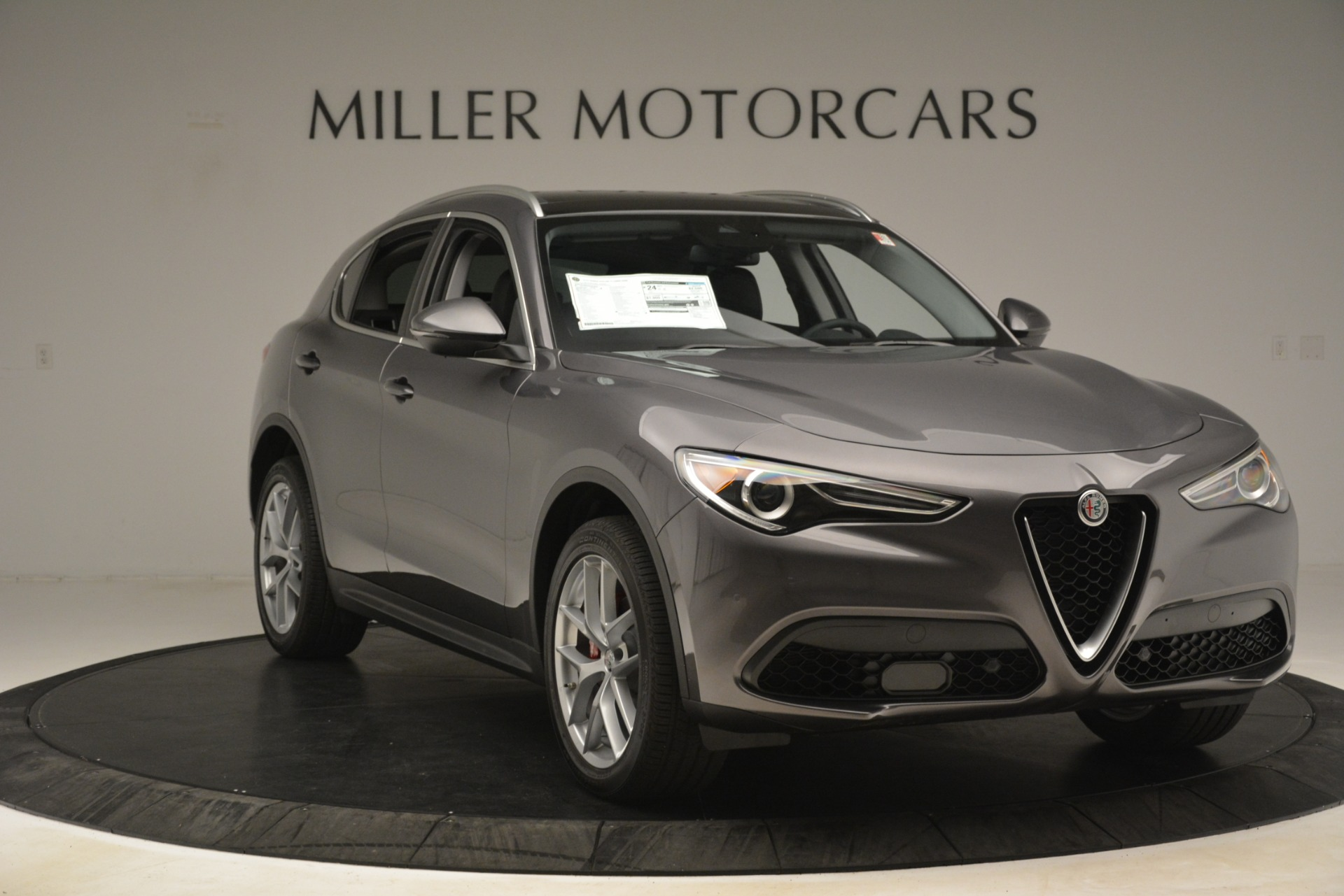 New 2019 Alfa Romeo Stelvio Ti Lusso Q4 For Sale In Greenwich, CT. Alfa Romeo of Greenwich, L614 3129_p11
