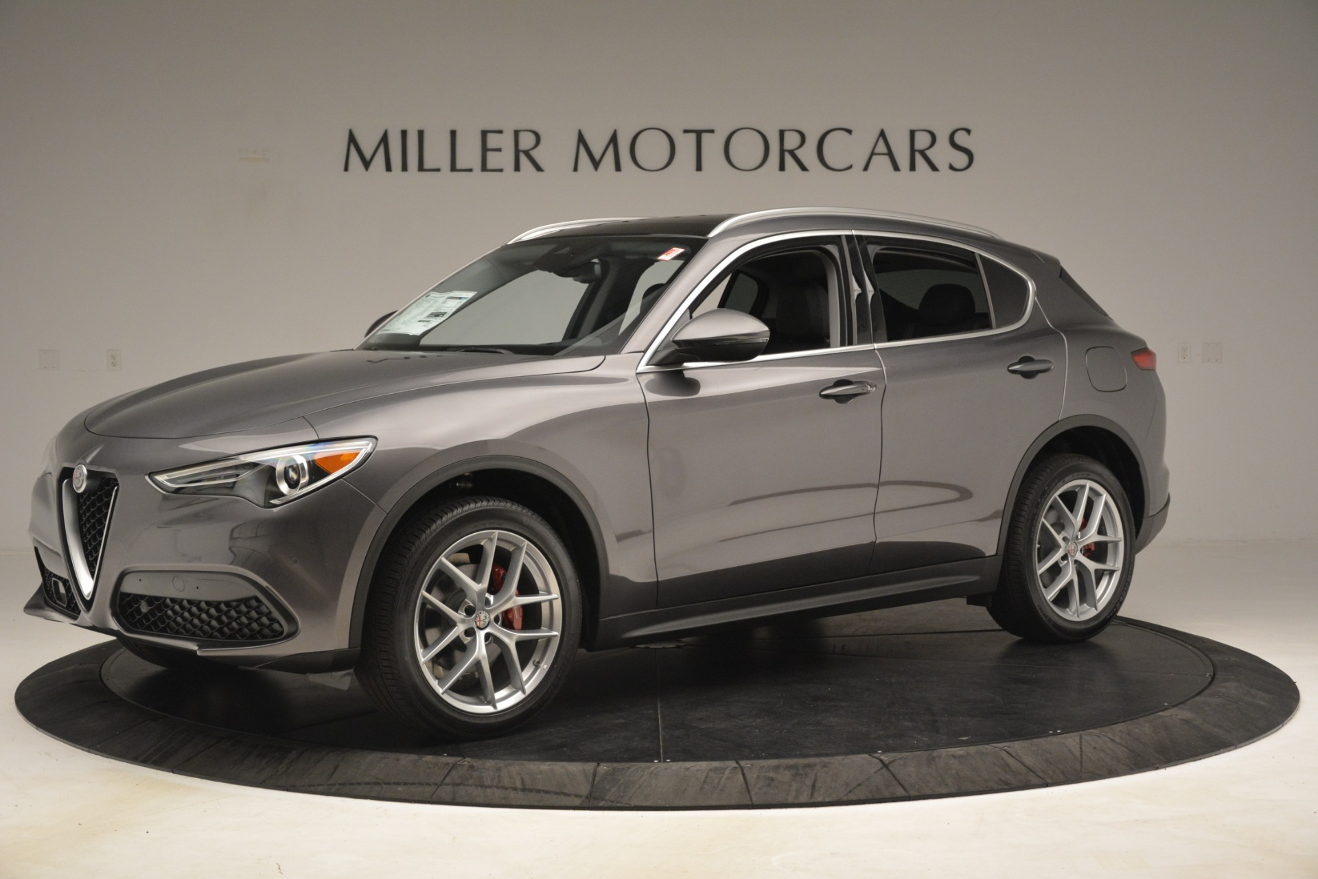New 2019 Alfa Romeo Stelvio Ti Lusso Q4 For Sale In Greenwich, CT. Alfa Romeo of Greenwich, L614 3129_p2