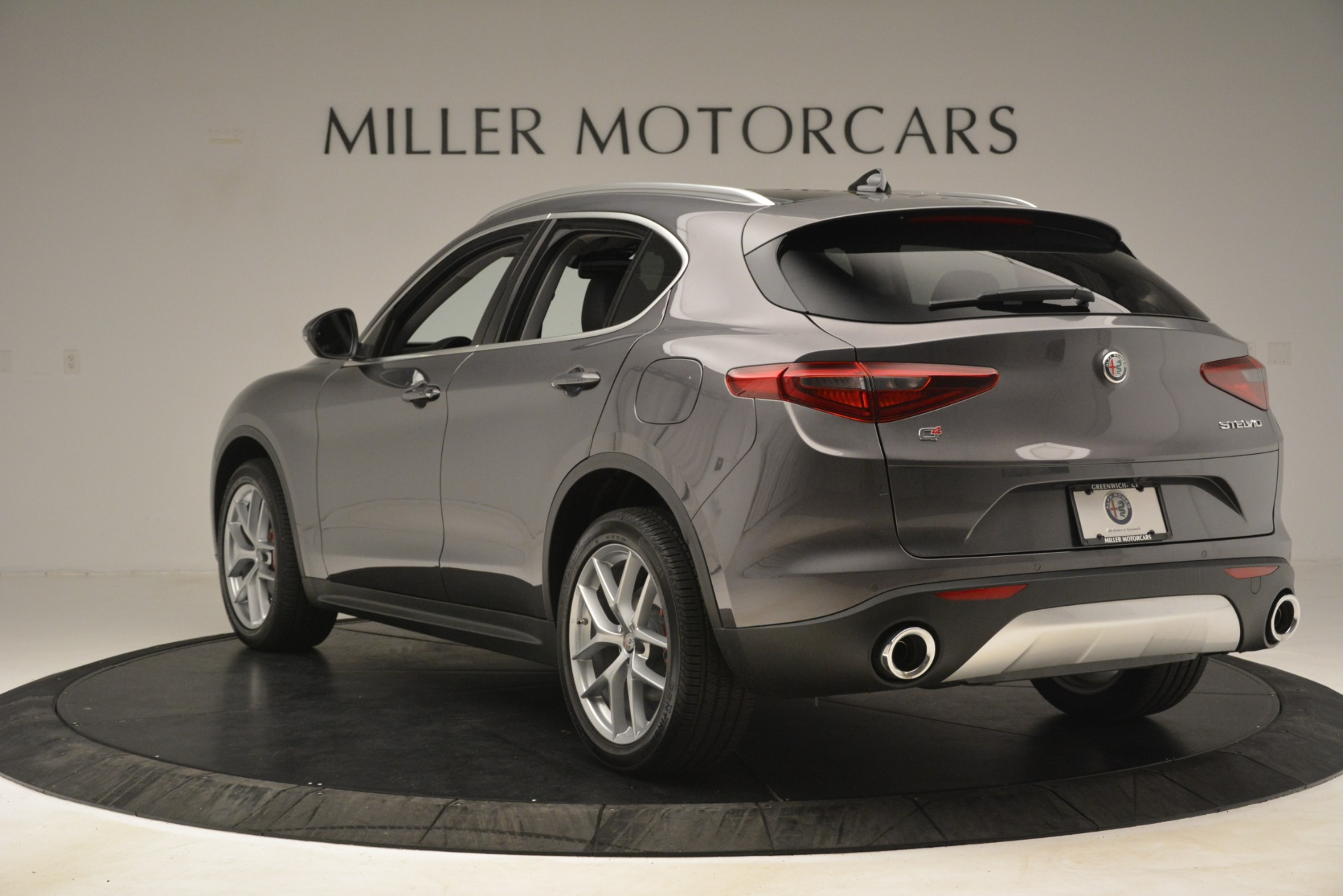 New 2019 Alfa Romeo Stelvio Ti Lusso Q4 For Sale In Greenwich, CT. Alfa Romeo of Greenwich, L614 3129_p5