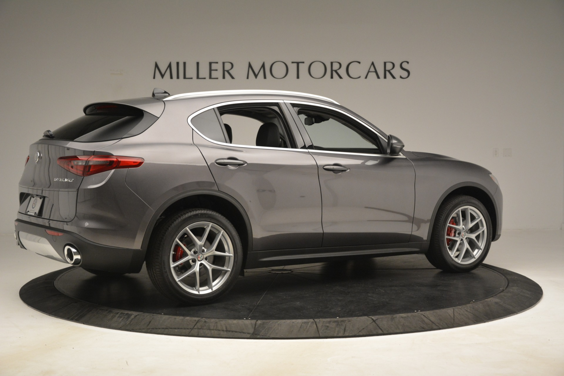 New 2019 Alfa Romeo Stelvio Ti Lusso Q4 For Sale In Greenwich, CT. Alfa Romeo of Greenwich, L614 3129_p8