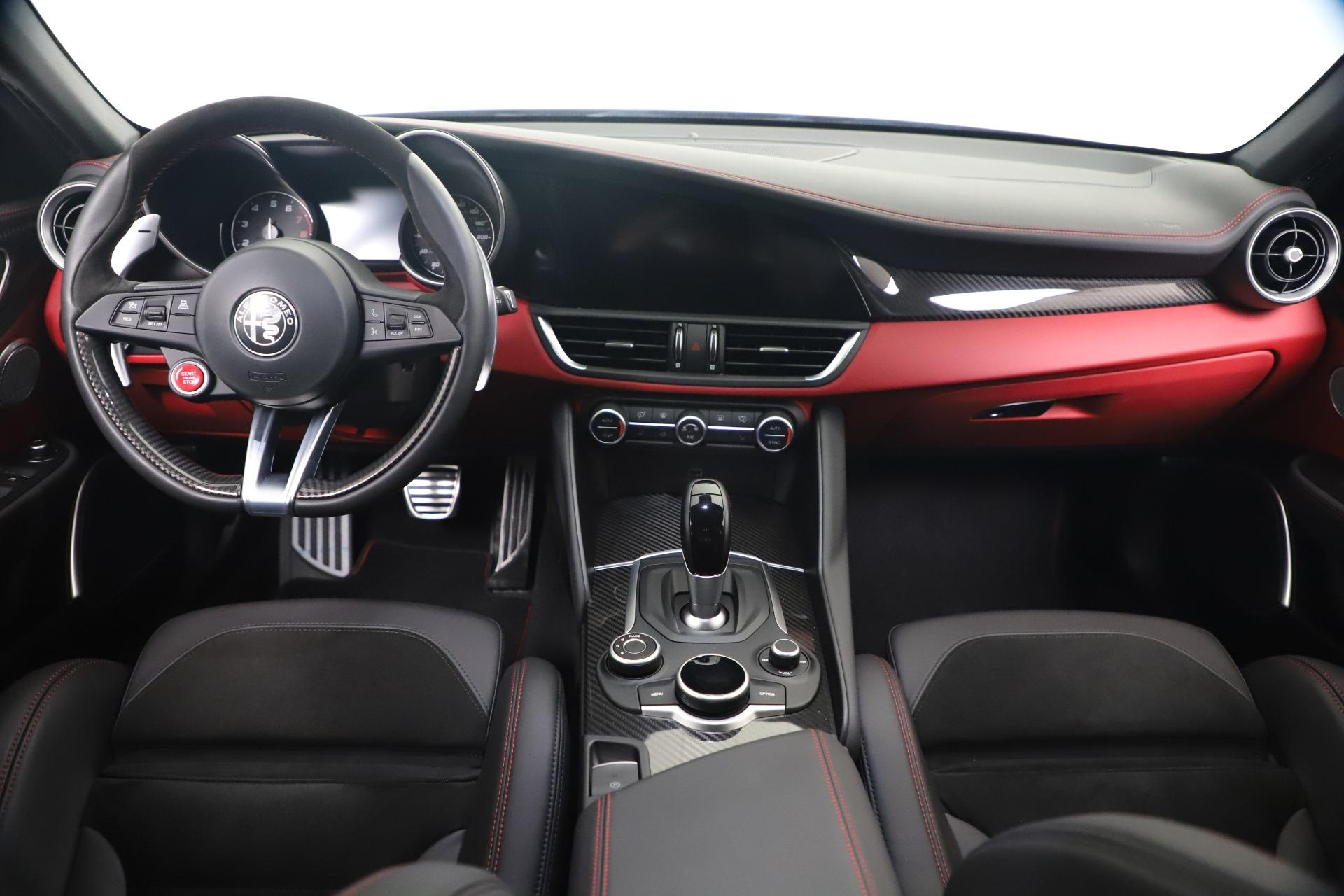 New 2019 Alfa Romeo Giulia Quadrifoglio For Sale In Greenwich, CT. Alfa Romeo of Greenwich, L615 3130_p16