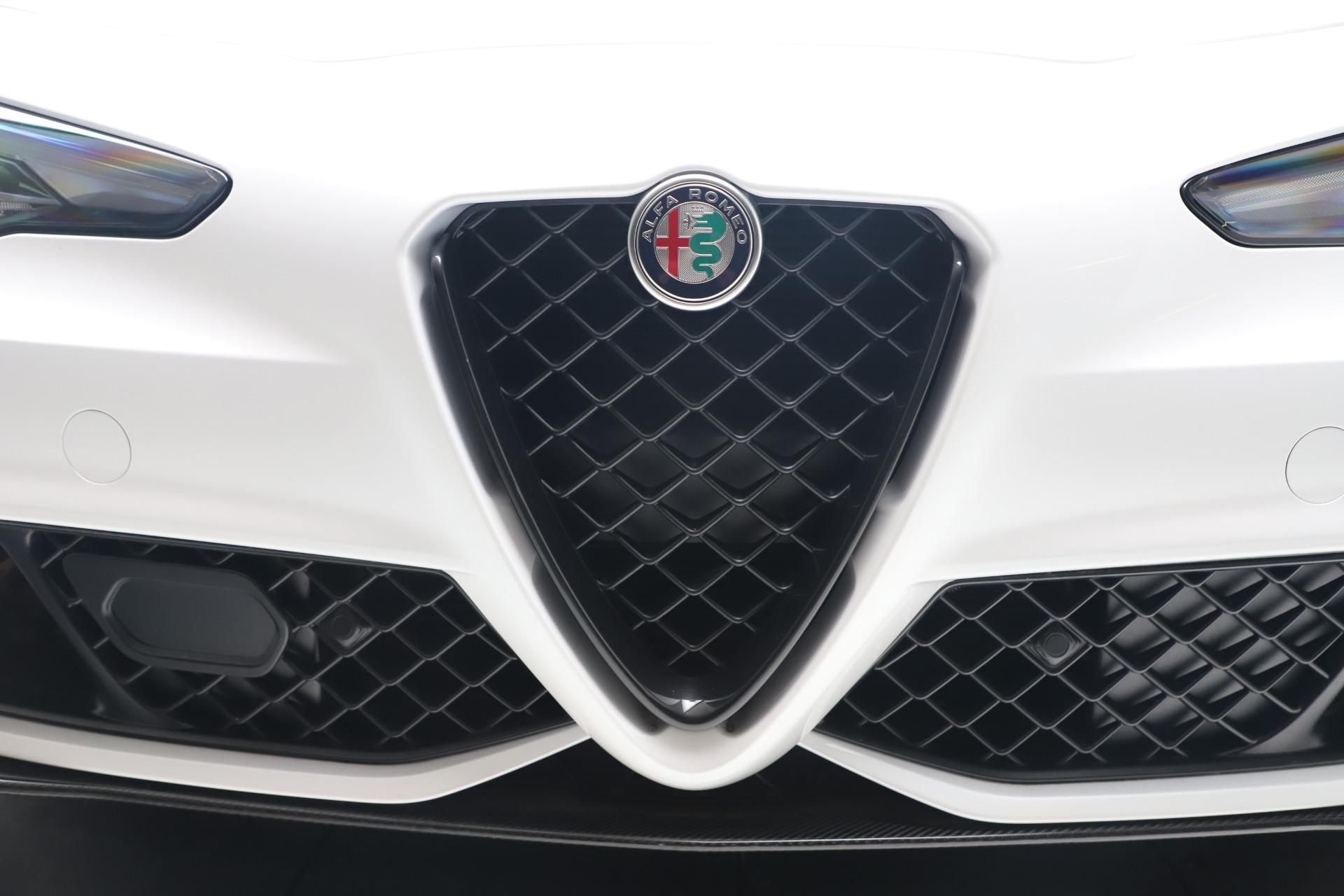 New 2019 Alfa Romeo Giulia Quadrifoglio For Sale In Greenwich, CT. Alfa Romeo of Greenwich, L615 3130_p31
