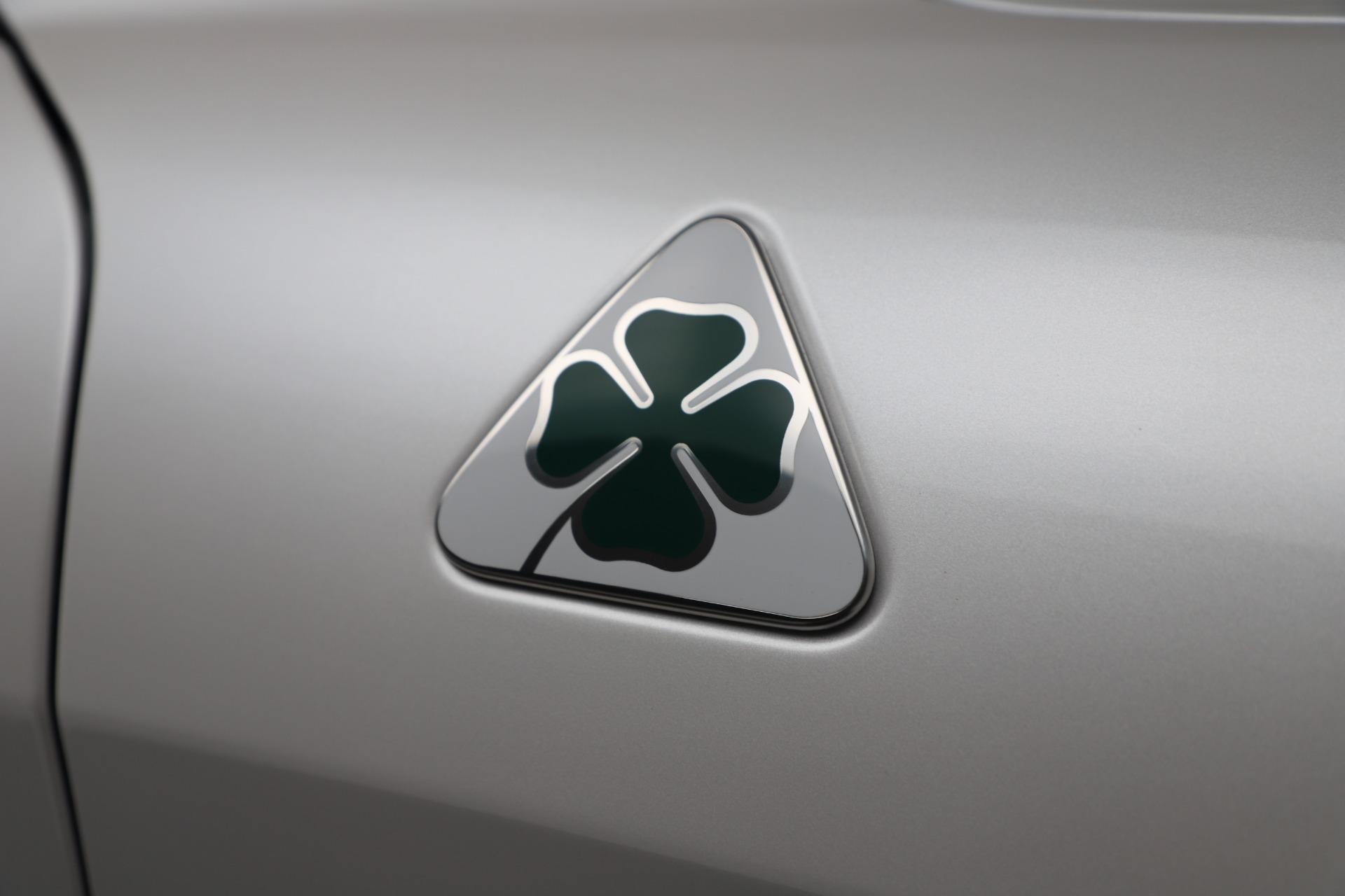 New 2019 Alfa Romeo Giulia Quadrifoglio For Sale In Greenwich, CT. Alfa Romeo of Greenwich, L615 3130_p33
