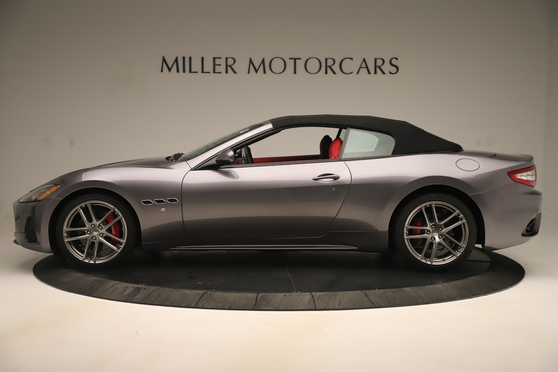 New 2018 Maserati GranTurismo Sport Convertible For Sale In Greenwich, CT. Alfa Romeo of Greenwich, W685 3131_p14
