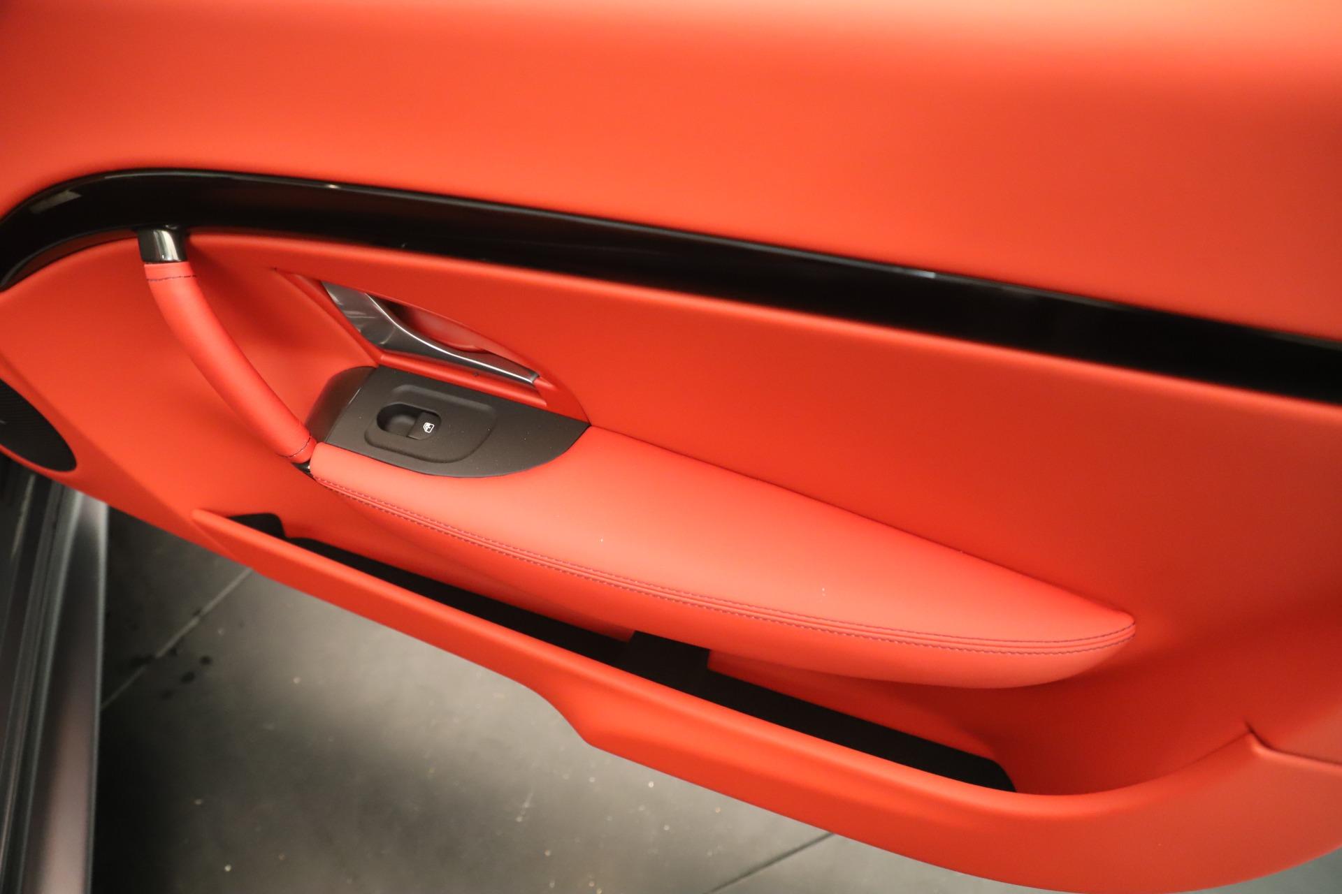New 2018 Maserati GranTurismo Sport Convertible For Sale In Greenwich, CT. Alfa Romeo of Greenwich, W685 3131_p29