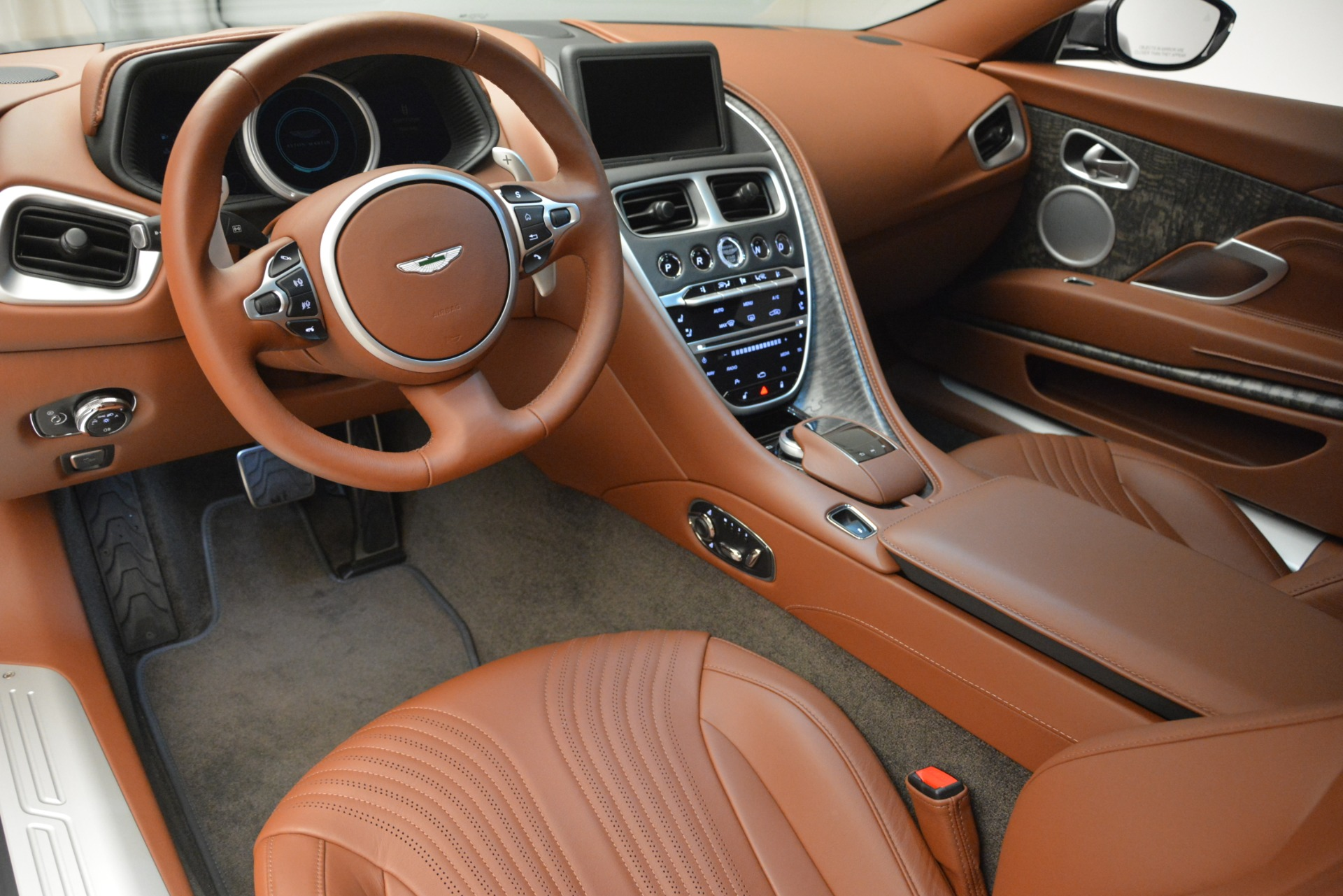 New 2019 Aston Martin DB11 V8 For Sale In Greenwich, CT. Alfa Romeo of Greenwich, A1345 3134_p14