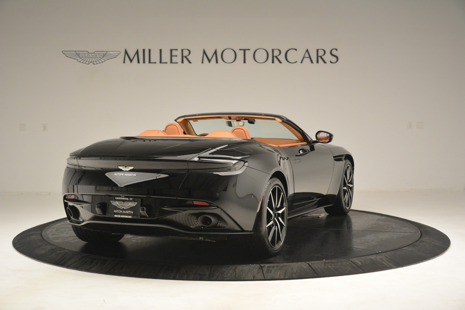 New 2019 Aston Martin DB11 V8 Convertible For Sale In Greenwich, CT. Alfa Romeo of Greenwich, A1327 3135_p7