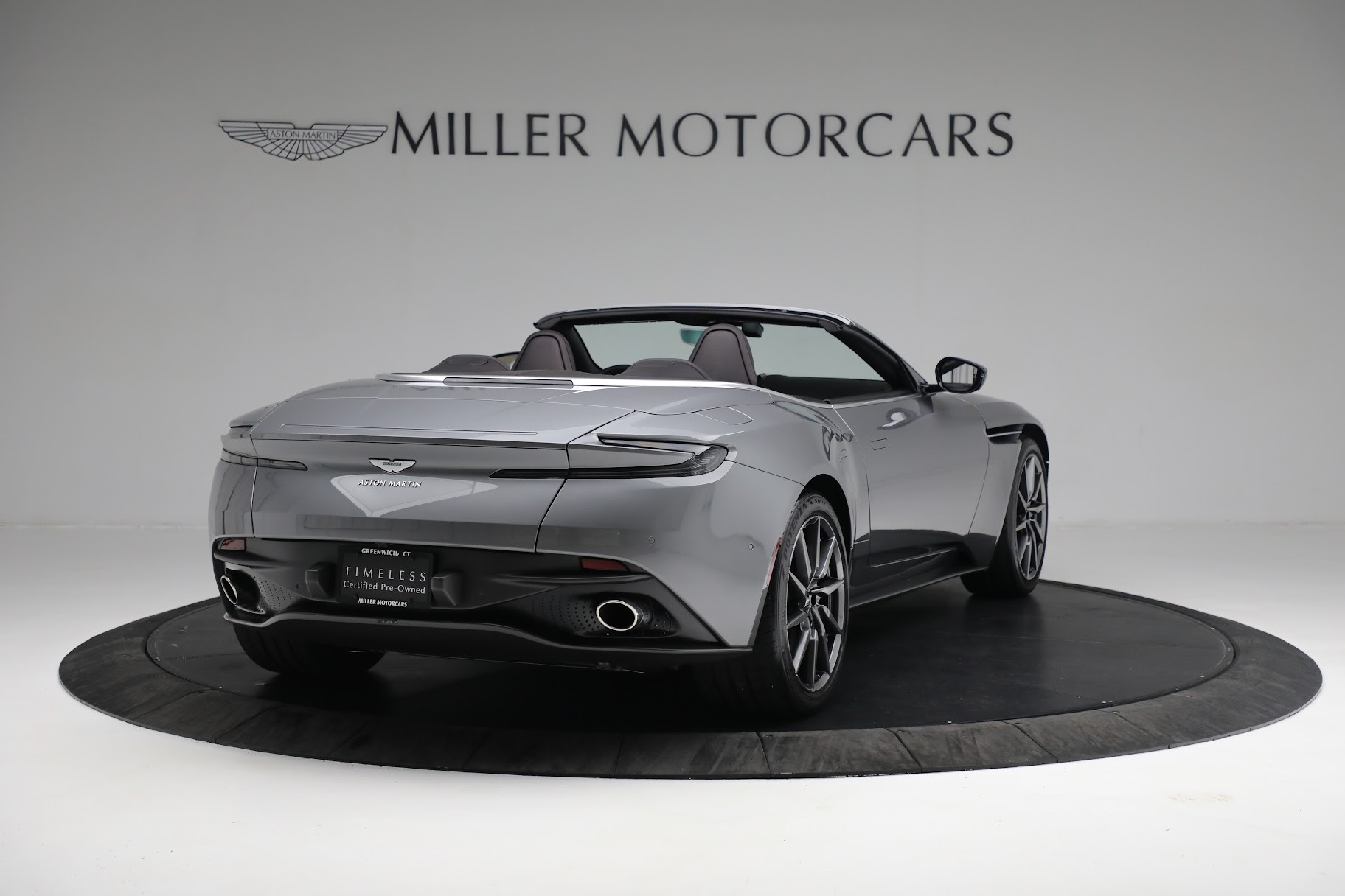 New 2019 Aston Martin DB11 V8 Convertible For Sale In Greenwich, CT. Alfa Romeo of Greenwich, A1312 3136_p6
