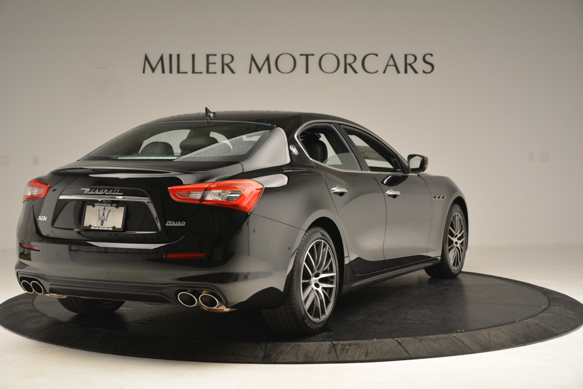 New 2019 Maserati Ghibli S Q4 For Sale In Greenwich, CT. Alfa Romeo of Greenwich, M2293 3139_p7