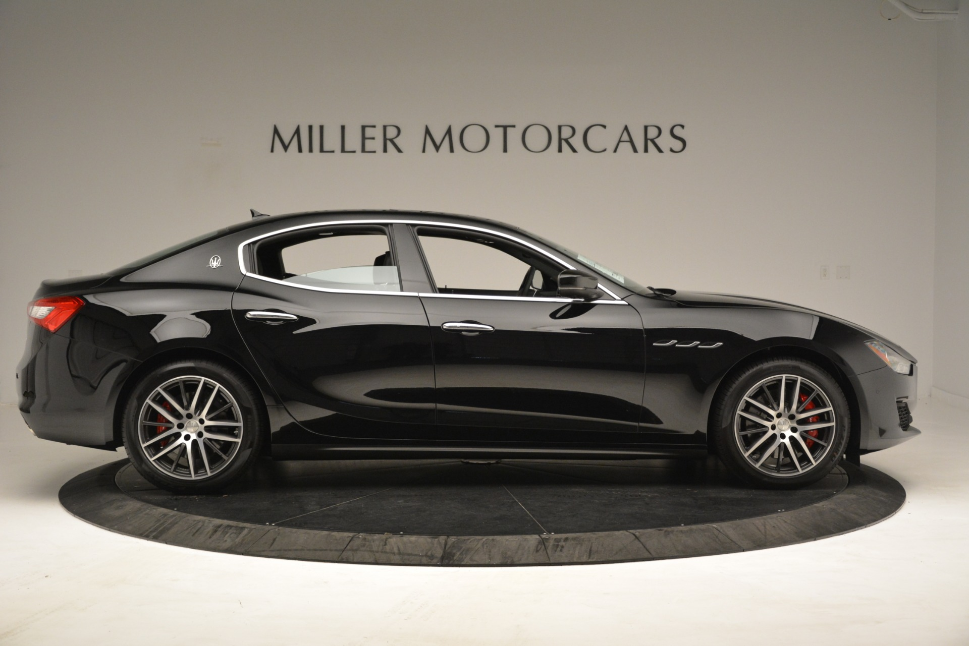New 2019 Maserati Ghibli S Q4 For Sale In Greenwich, CT. Alfa Romeo of Greenwich, M2293 3139_p9