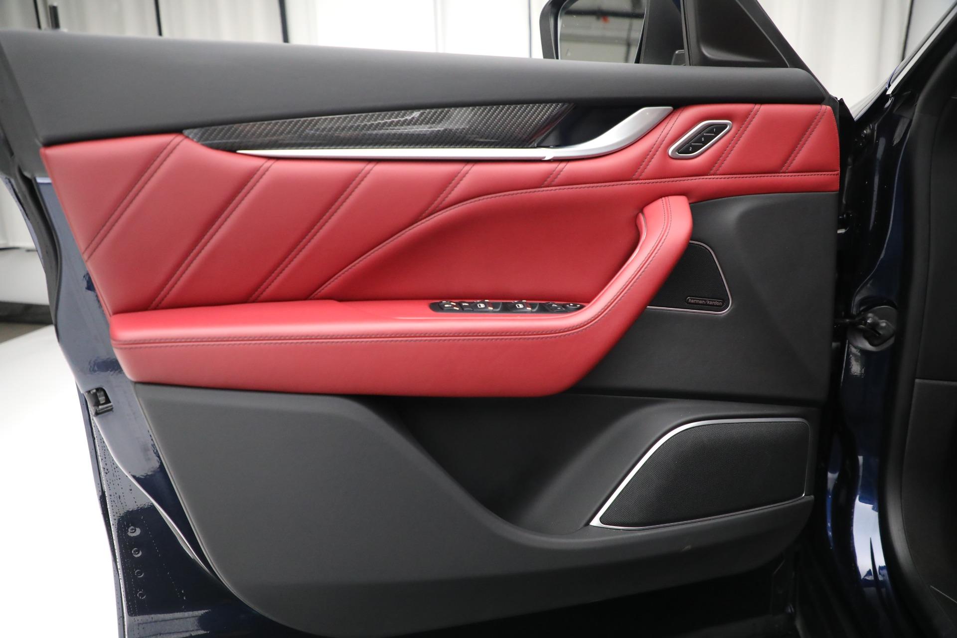 New 2019 Maserati Levante S Q4 GranSport For Sale In Greenwich, CT. Alfa Romeo of Greenwich, M2297 3143_p17