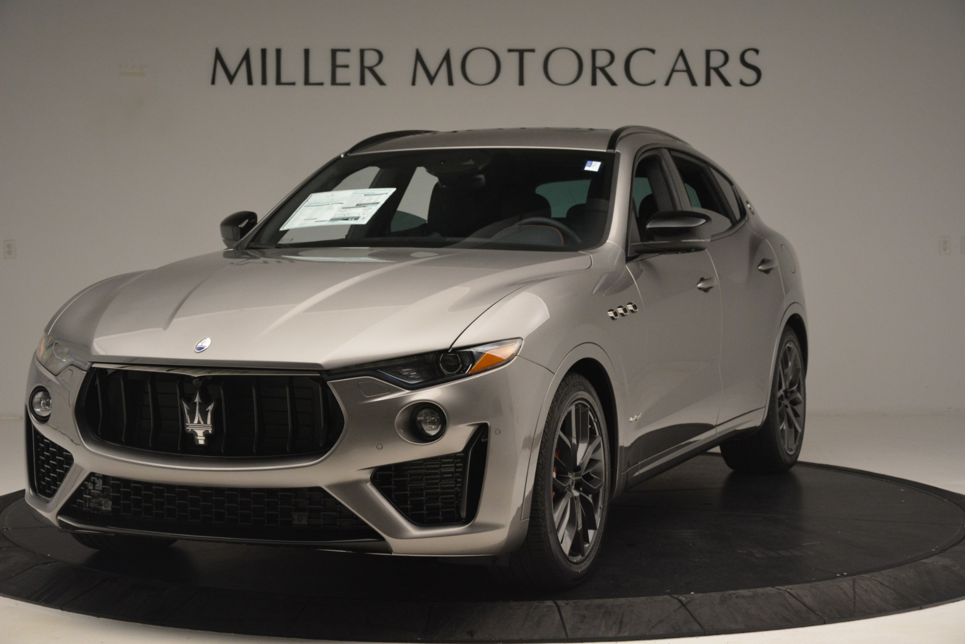 New 2019 Maserati Levante SQ4 GranSport Nerissimo For Sale In Greenwich, CT. Alfa Romeo of Greenwich, M2298 3144_main