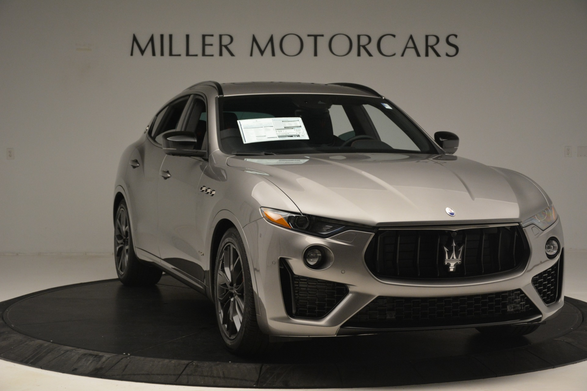 New 2019 Maserati Levante SQ4 GranSport Nerissimo For Sale In Greenwich, CT. Alfa Romeo of Greenwich, M2298 3144_p11