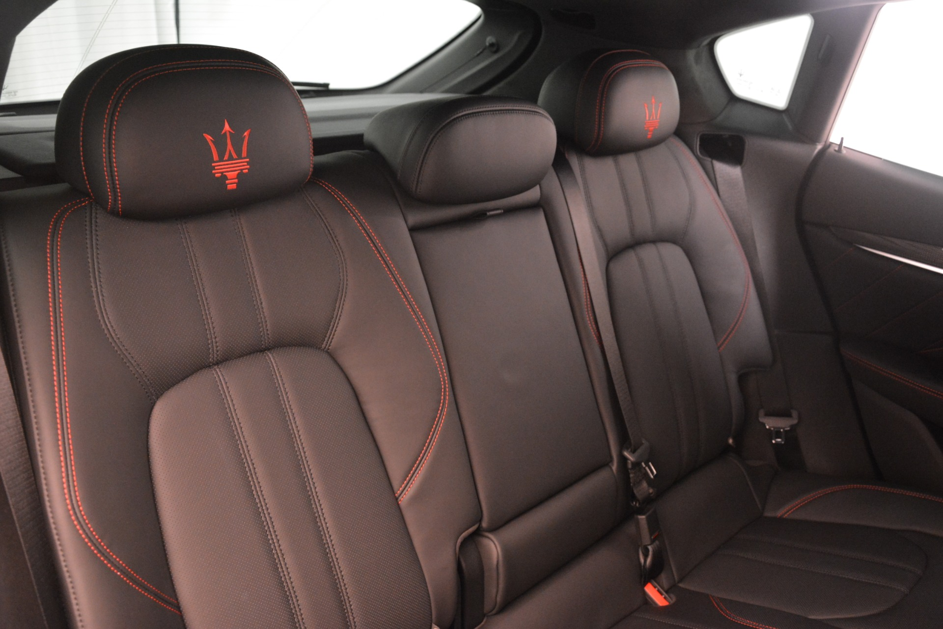 New 2019 Maserati Levante SQ4 GranSport Nerissimo For Sale In Greenwich, CT. Alfa Romeo of Greenwich, M2298 3144_p26