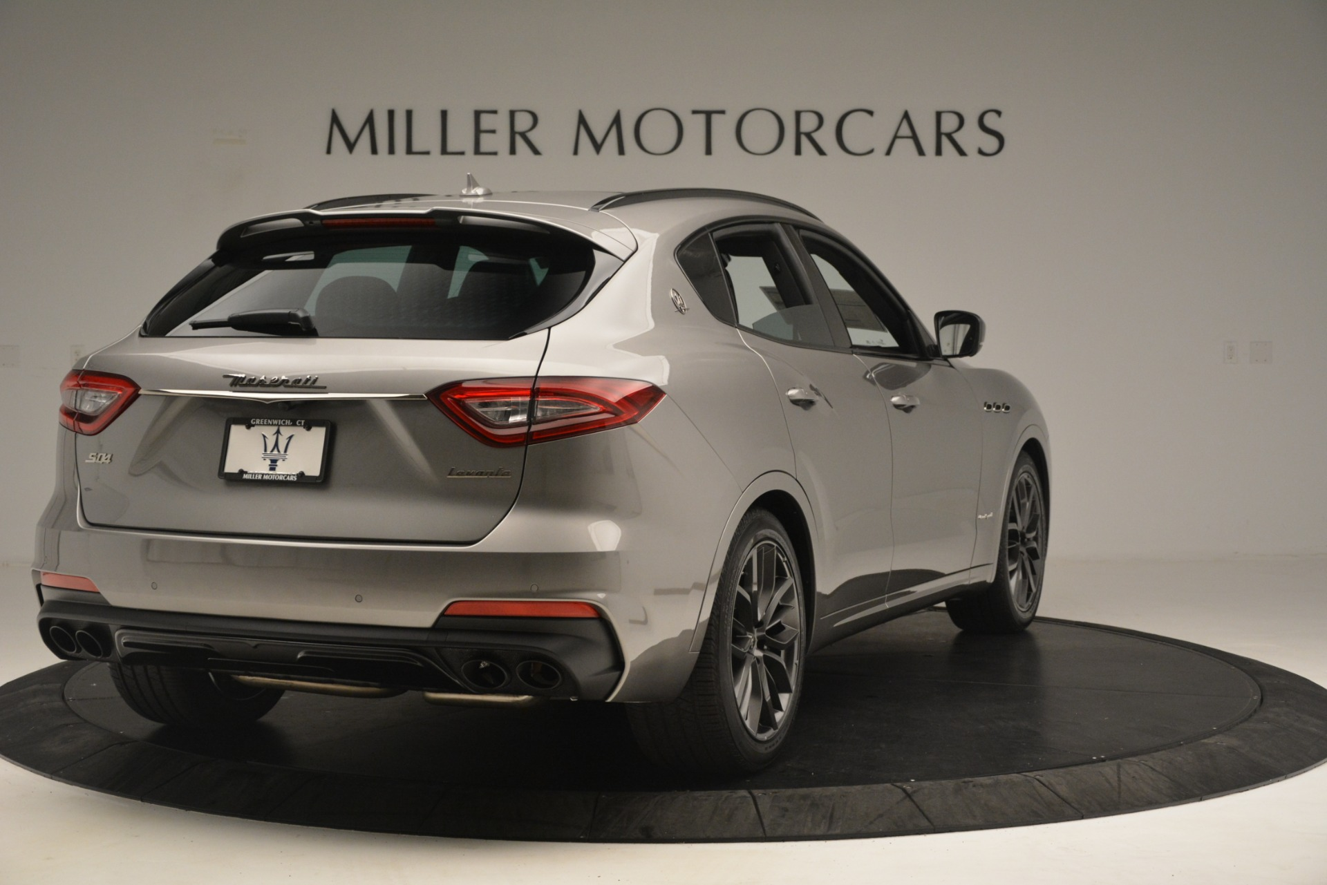 New 2019 Maserati Levante SQ4 GranSport Nerissimo For Sale In Greenwich, CT. Alfa Romeo of Greenwich, M2298 3144_p7
