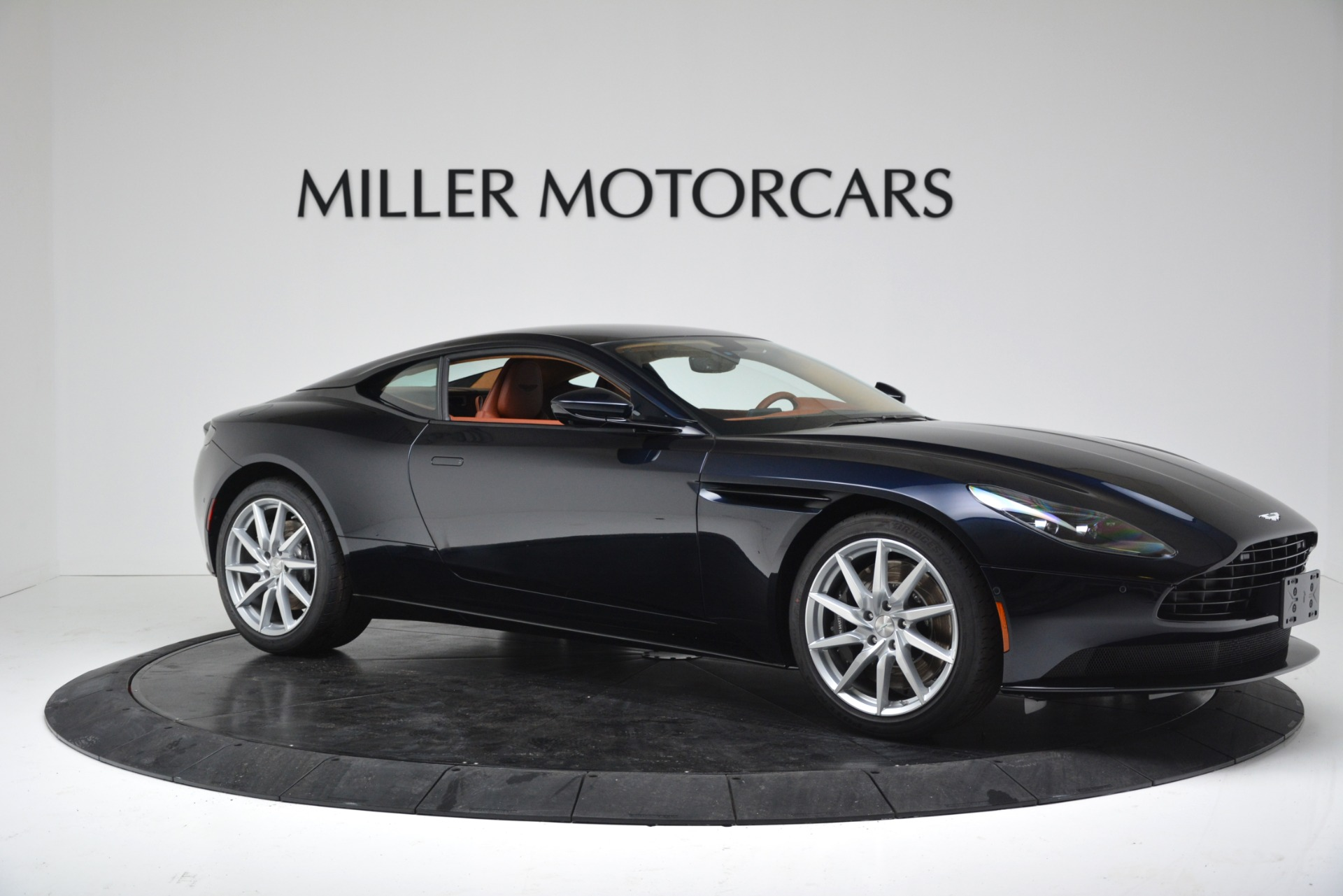 New 2019 Aston Martin DB11 V8 For Sale In Greenwich, CT. Alfa Romeo of Greenwich, A1367 3145_p10
