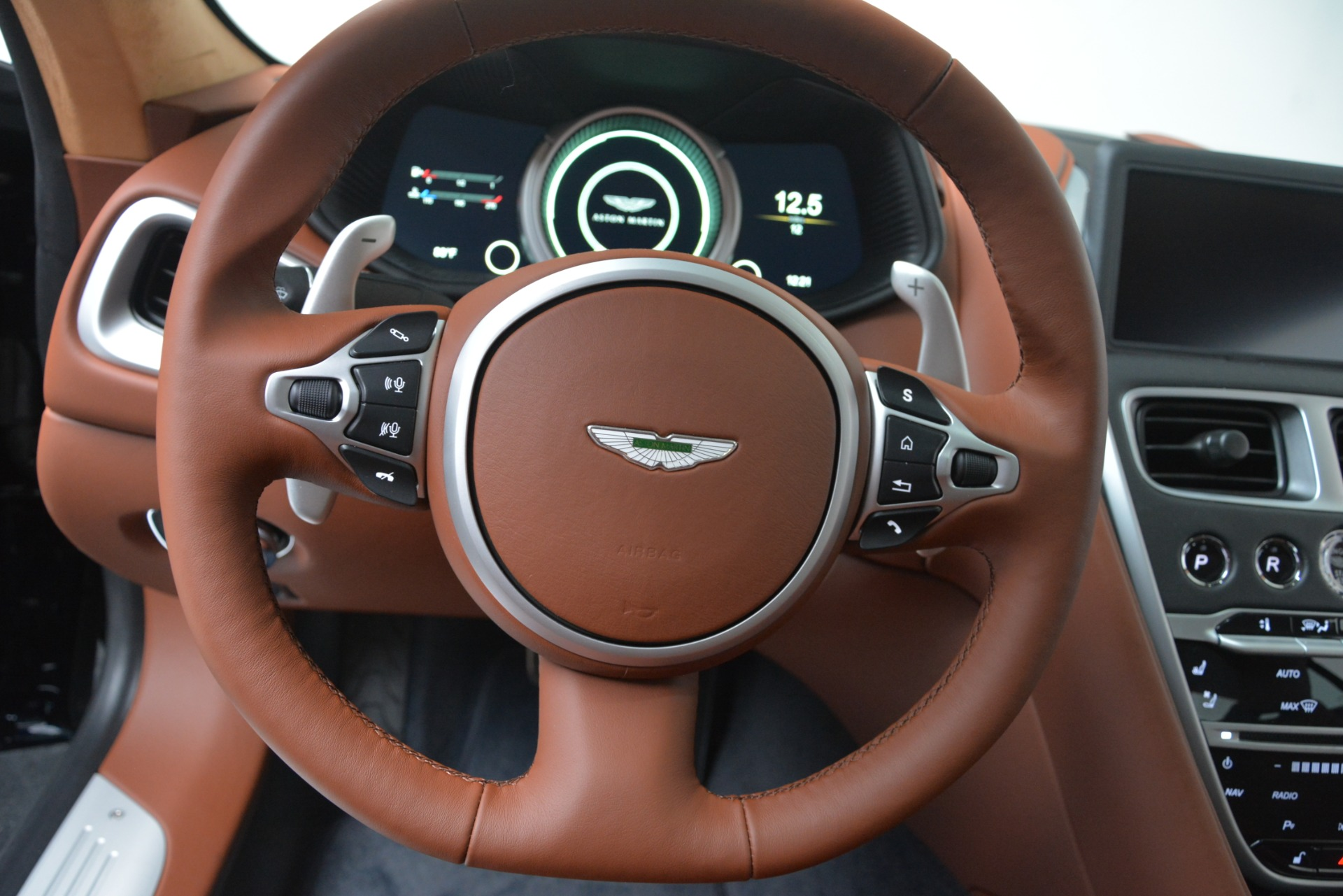New 2019 Aston Martin DB11 V8 For Sale In Greenwich, CT. Alfa Romeo of Greenwich, A1367 3145_p22