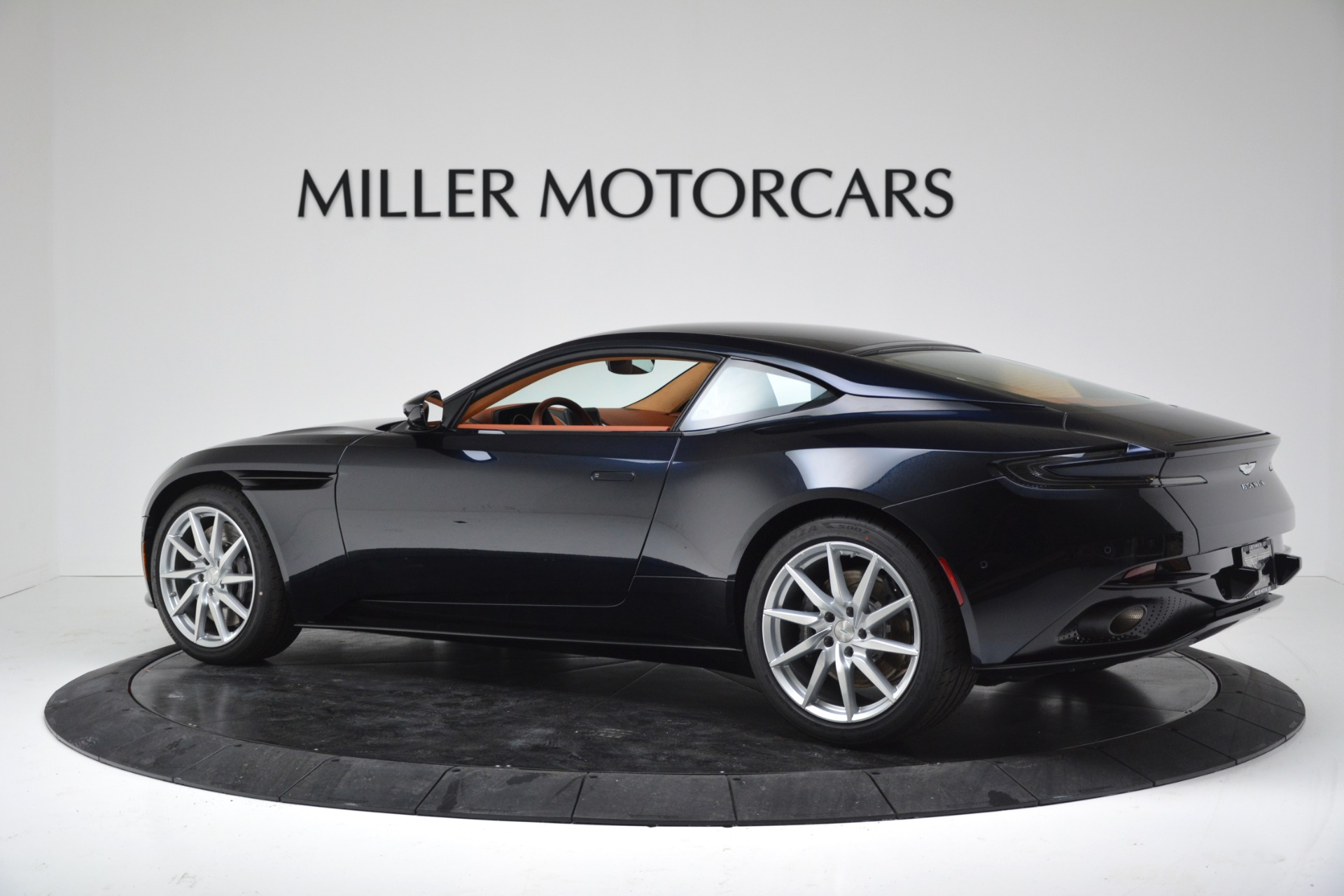 New 2019 Aston Martin DB11 V8 For Sale In Greenwich, CT. Alfa Romeo of Greenwich, A1367 3145_p4