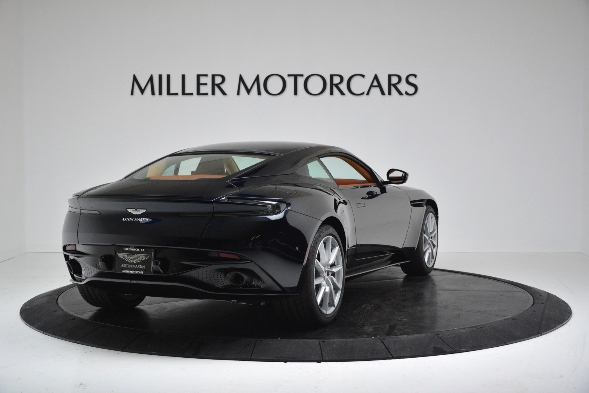 New 2019 Aston Martin DB11 V8 For Sale In Greenwich, CT. Alfa Romeo of Greenwich, A1367 3145_p7
