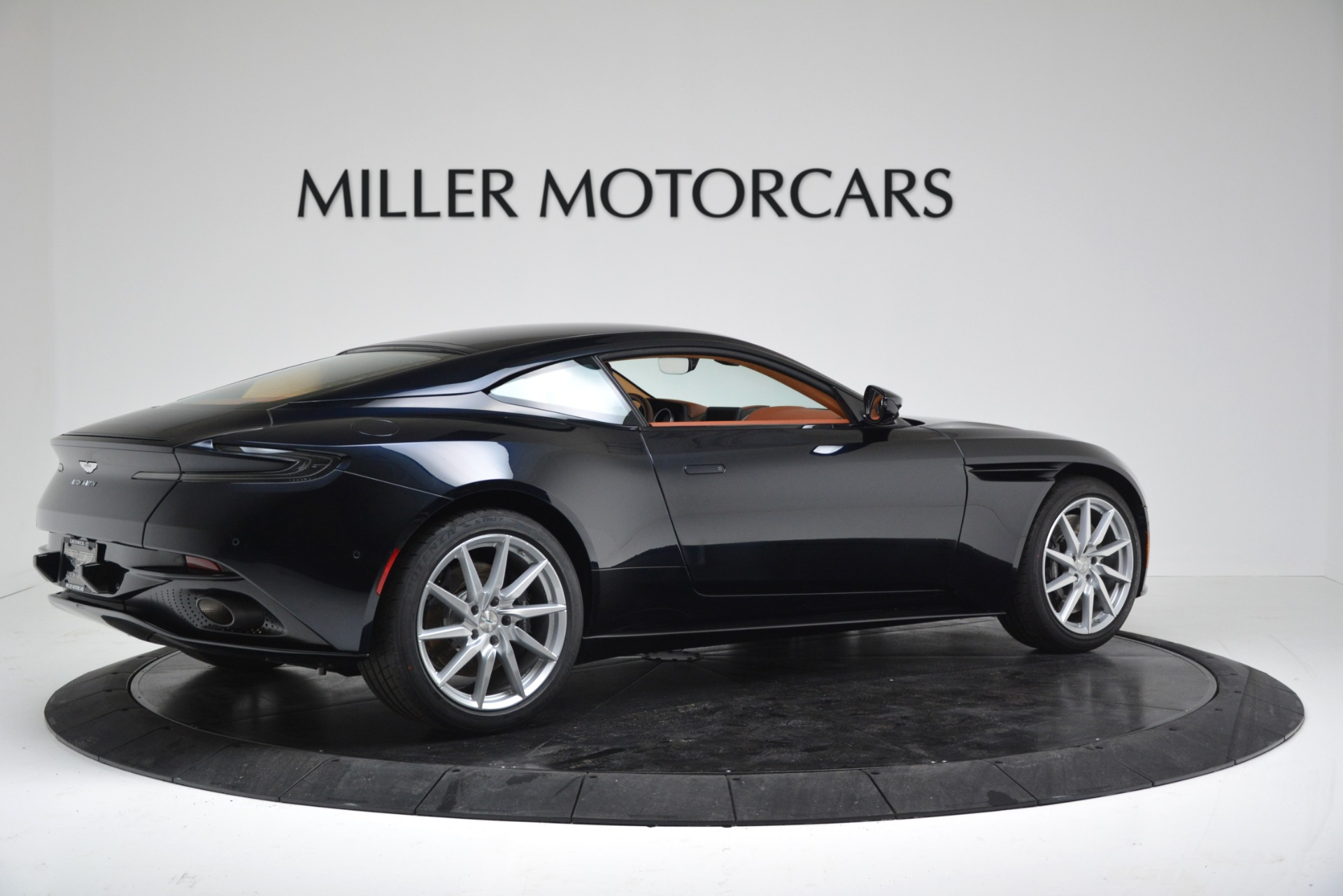 New 2019 Aston Martin DB11 V8 For Sale In Greenwich, CT. Alfa Romeo of Greenwich, A1367 3145_p8
