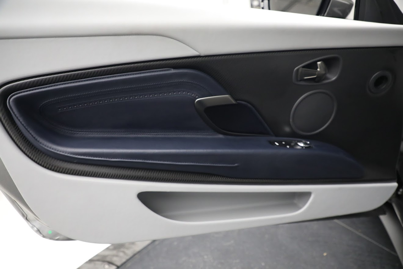 New 2019 Aston Martin DB11 V8 Convertible For Sale In Greenwich, CT. Alfa Romeo of Greenwich, A1361 3147_p25