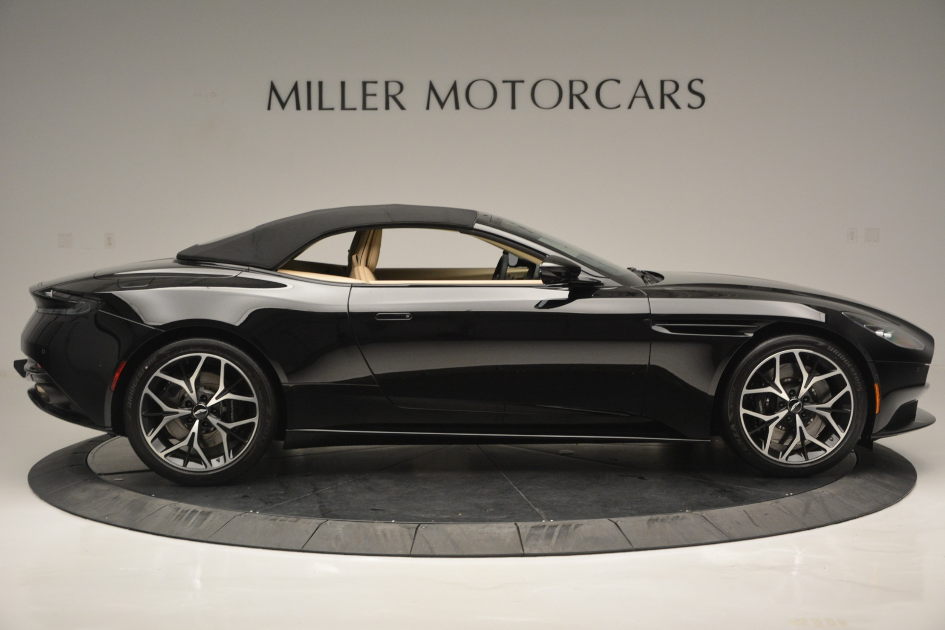 New 2019 Aston Martin DB11 V8 Convertible For Sale In Greenwich, CT. Alfa Romeo of Greenwich, A1314 3148_p16