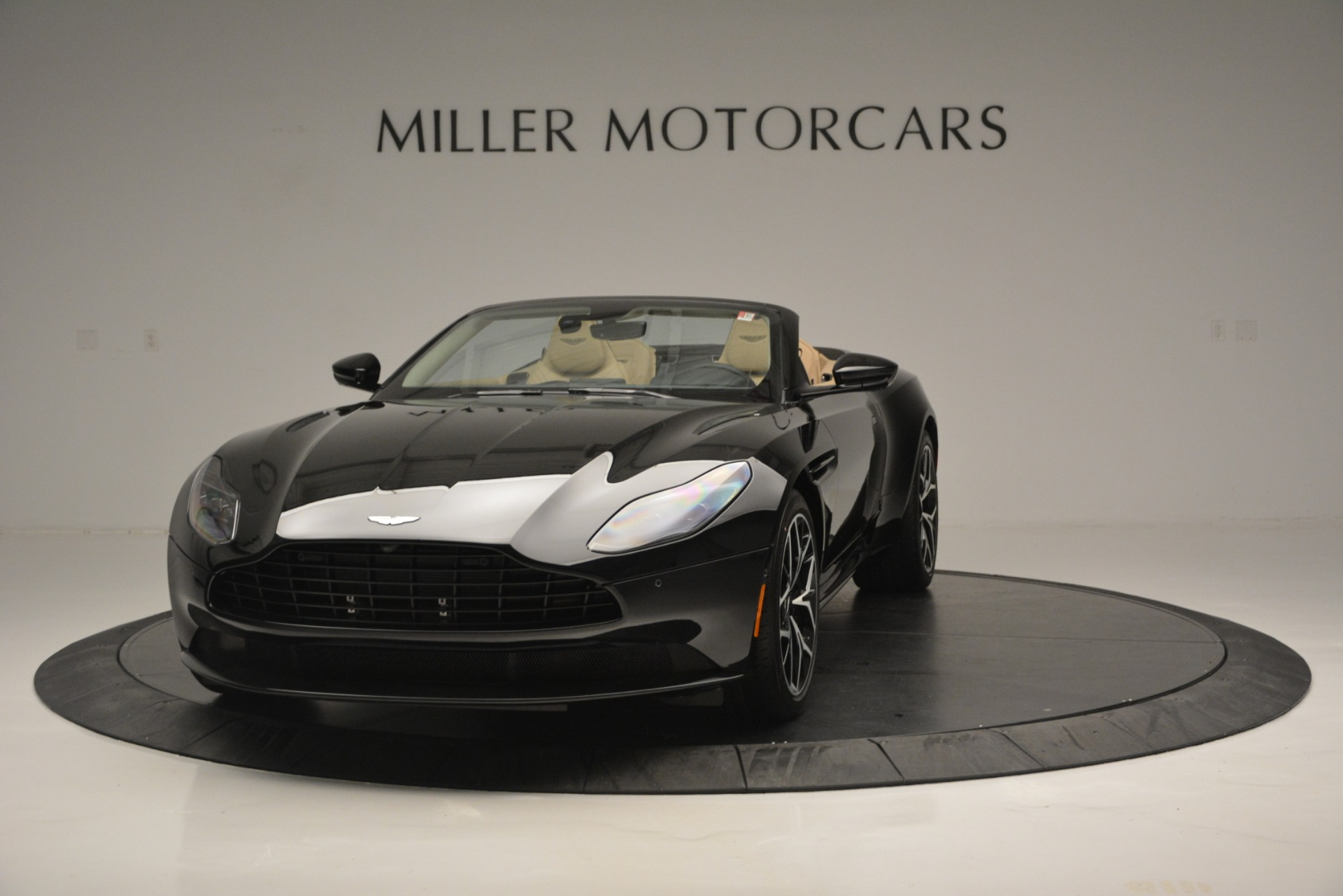 New 2019 Aston Martin DB11 V8 Convertible For Sale In Greenwich, CT. Alfa Romeo of Greenwich, A1314 3148_p2