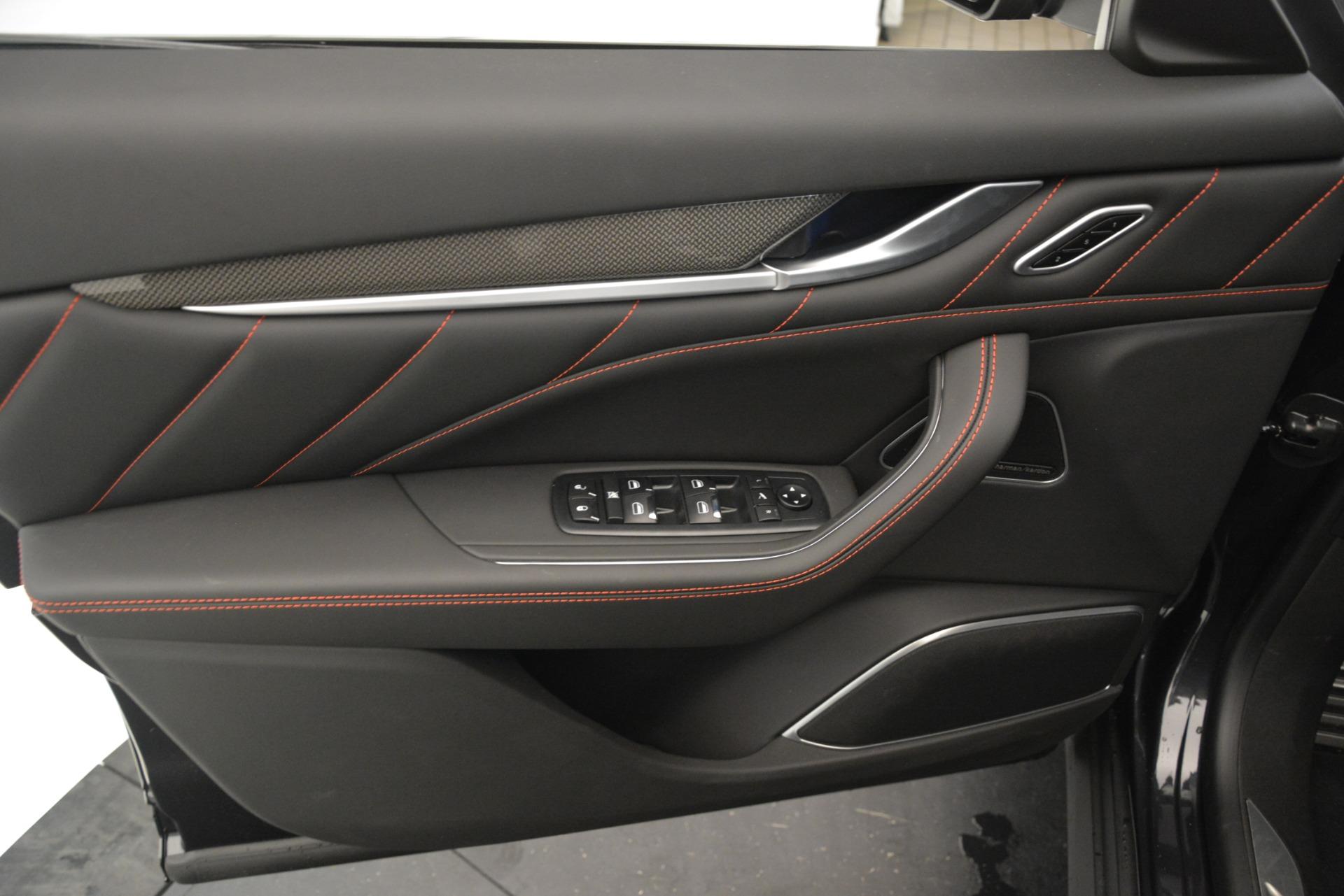 New 2019 Maserati Levante S Q4 GranSport For Sale In Greenwich, CT. Alfa Romeo of Greenwich, M2301 3150_p17