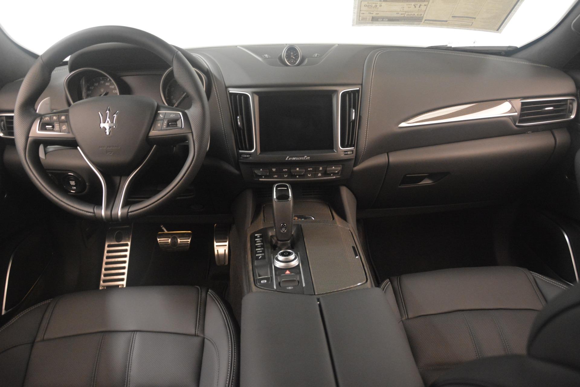 New 2019 Maserati Levante S Q4 GranSport For Sale In Greenwich, CT. Alfa Romeo of Greenwich, M2305 3152_p16