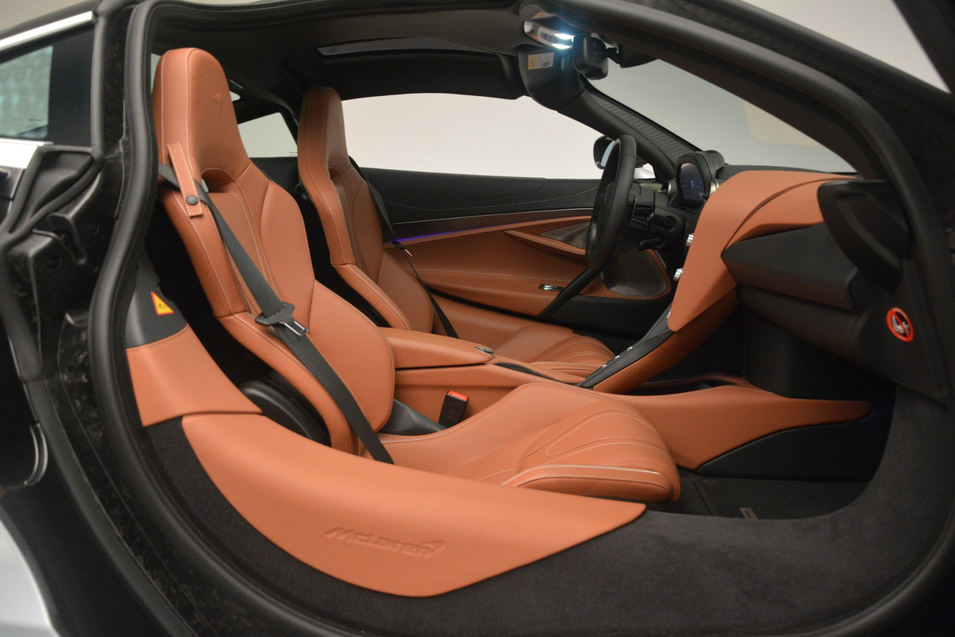 Used 2018 McLaren 720S Coupe For Sale In Greenwich, CT. Alfa Romeo of Greenwich, 3162 3157_p19