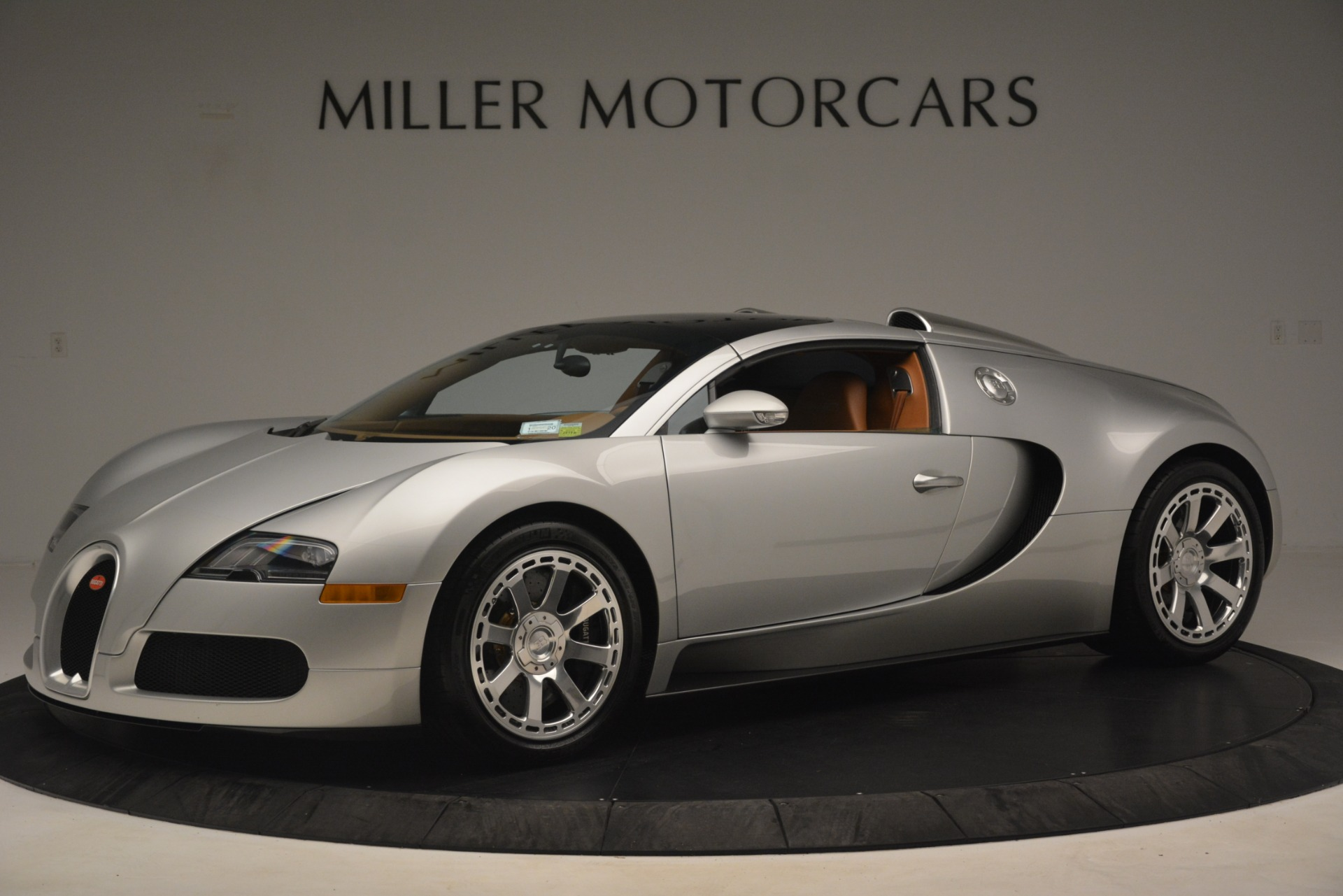 Used 2010 Bugatti Veyron 16.4 Grand Sport For Sale In Greenwich, CT. Alfa Romeo of Greenwich, G149 3159_p13