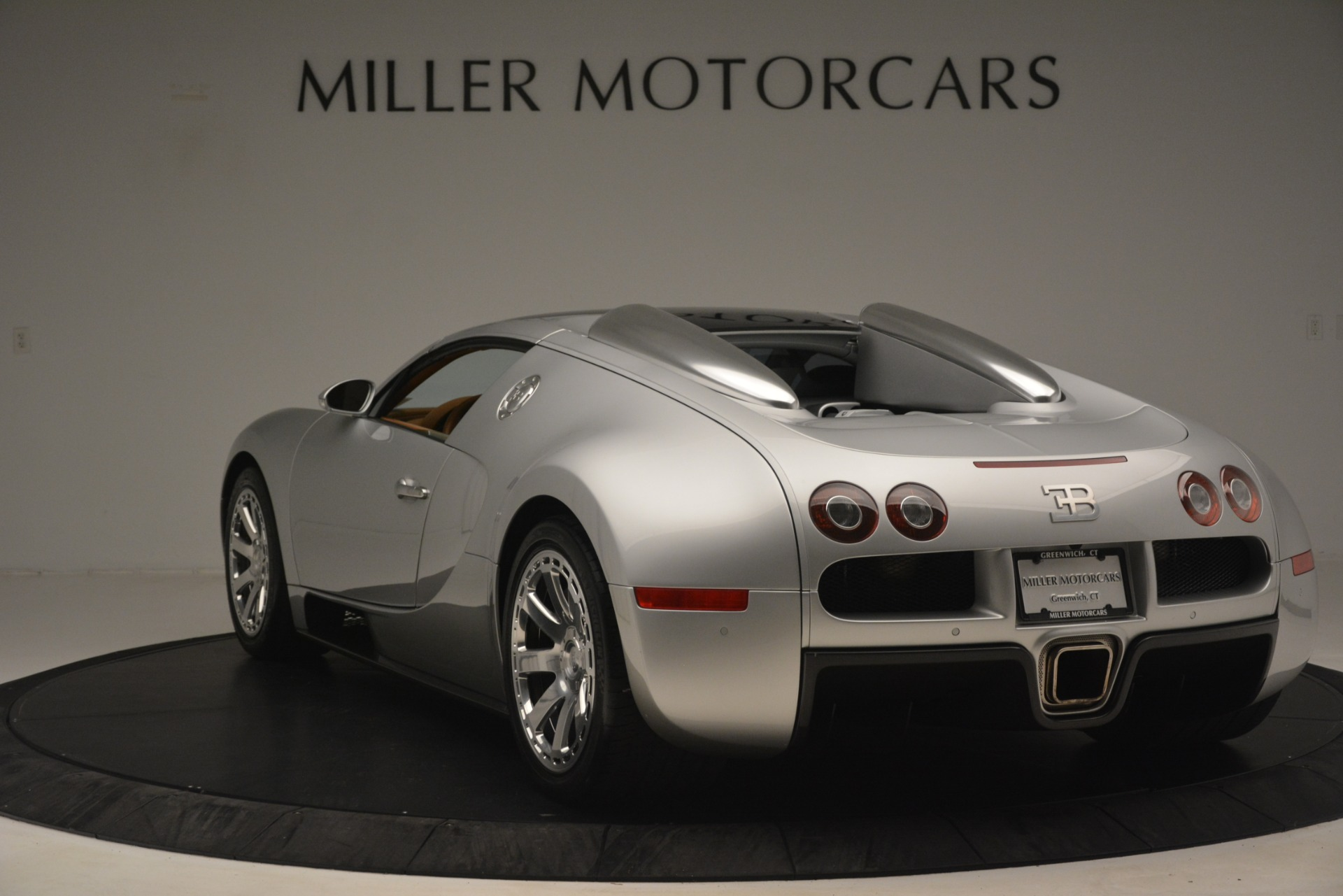 Used 2010 Bugatti Veyron 16.4 Grand Sport For Sale In Greenwich, CT. Alfa Romeo of Greenwich, G149 3159_p15