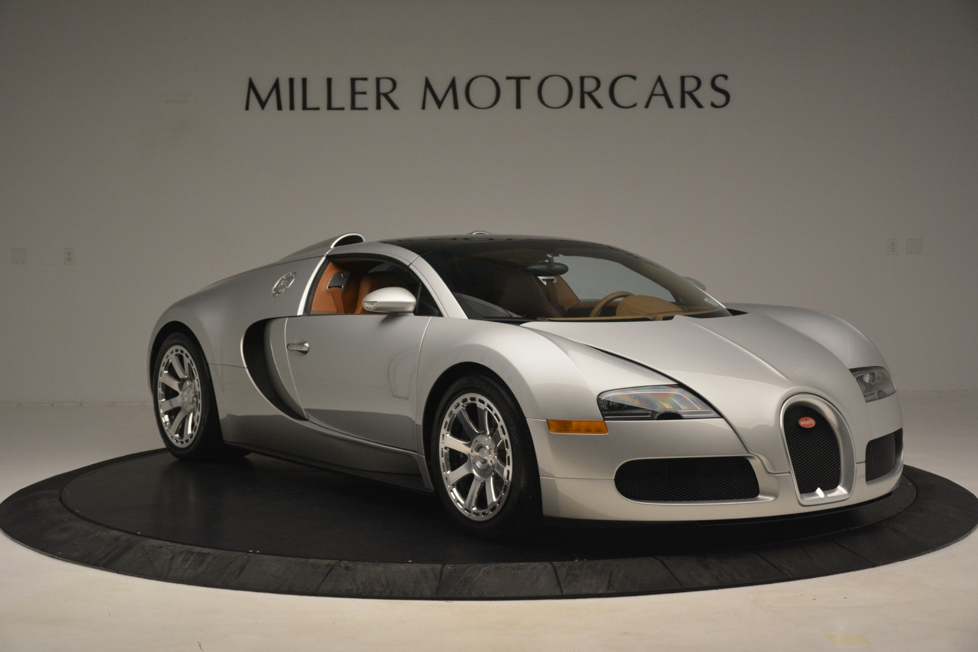 Used 2010 Bugatti Veyron 16.4 Grand Sport For Sale In Greenwich, CT. Alfa Romeo of Greenwich, G149 3159_p21