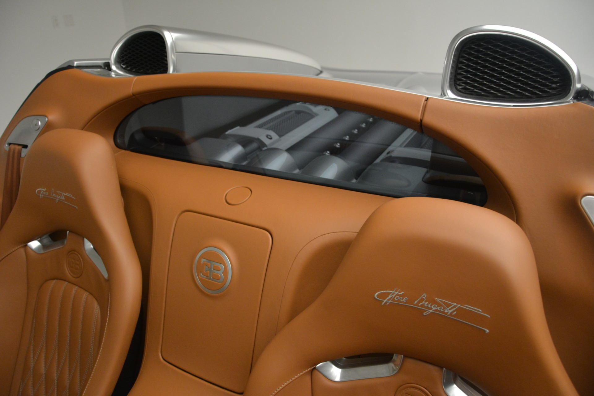 Used 2010 Bugatti Veyron 16.4 Grand Sport For Sale In Greenwich, CT. Alfa Romeo of Greenwich, G149 3159_p29