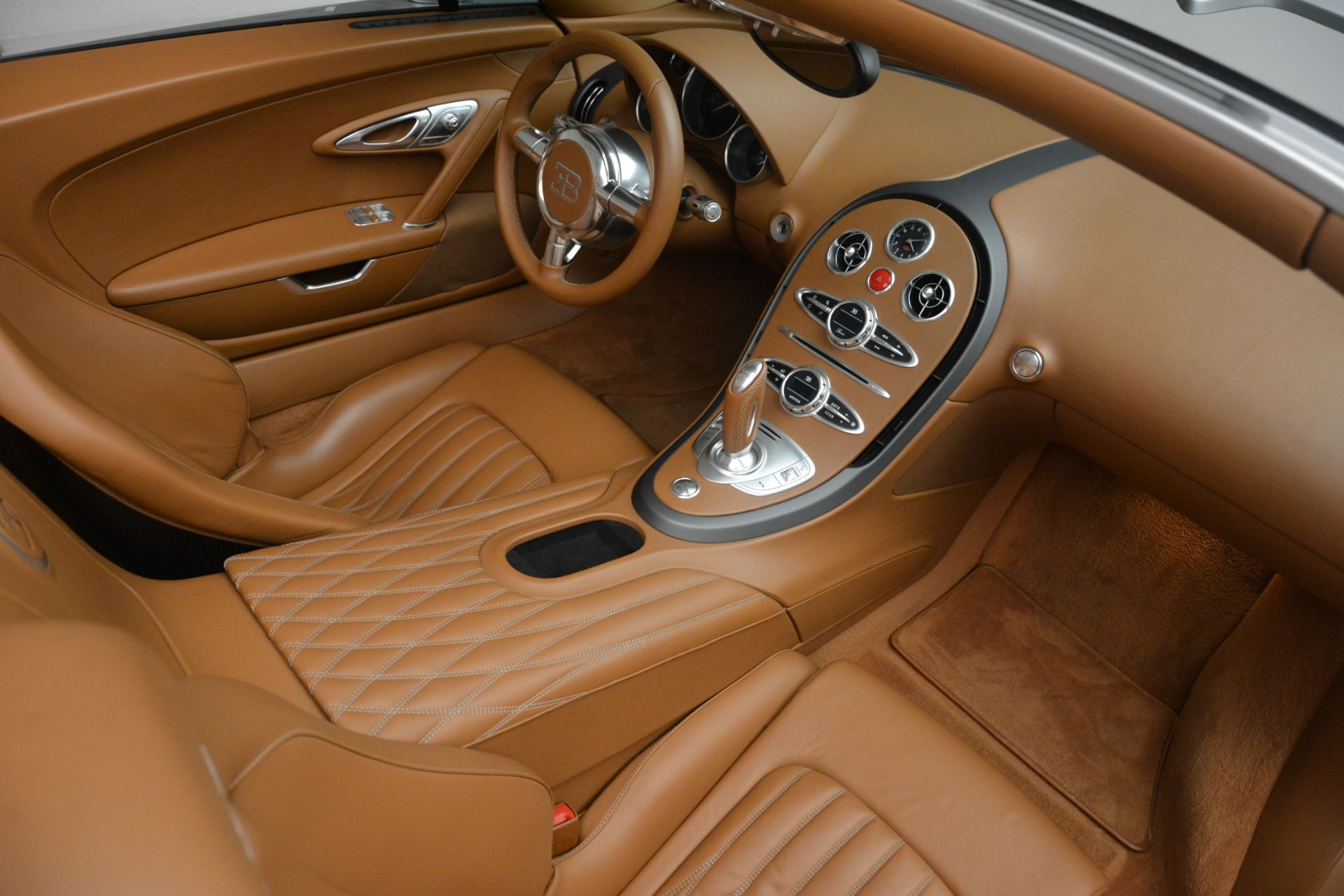 Used 2010 Bugatti Veyron 16.4 Grand Sport For Sale In Greenwich, CT. Alfa Romeo of Greenwich, G149 3159_p33