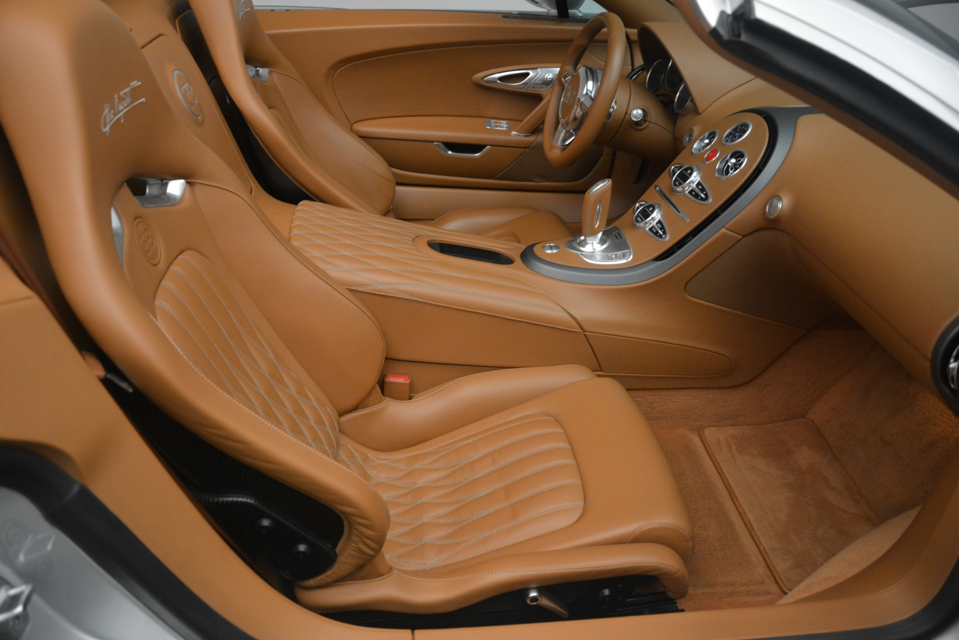 Used 2010 Bugatti Veyron 16.4 Grand Sport For Sale In Greenwich, CT. Alfa Romeo of Greenwich, G149 3159_p34