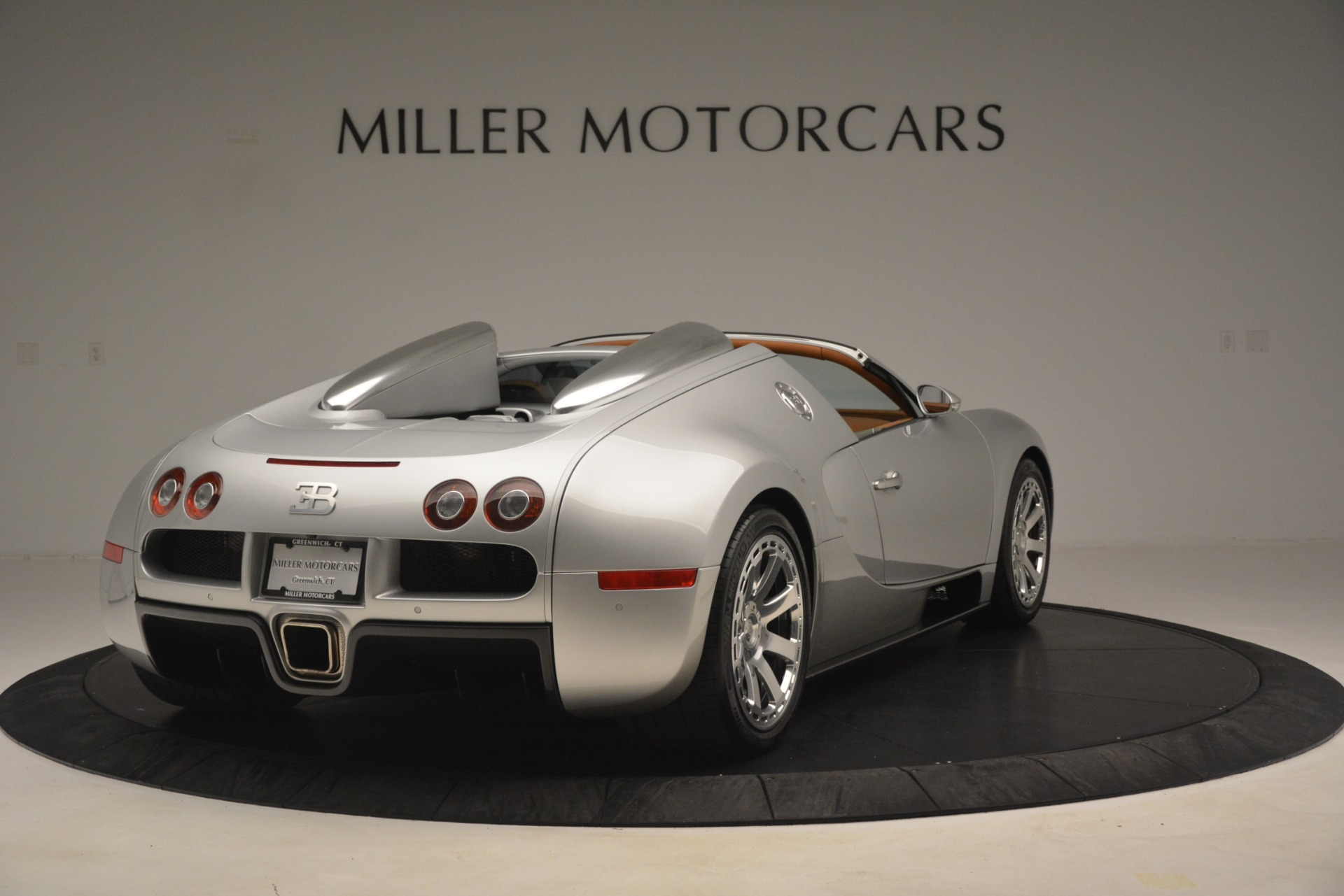 Used 2010 Bugatti Veyron 16.4 Grand Sport For Sale In Greenwich, CT. Alfa Romeo of Greenwich, G149 3159_p8