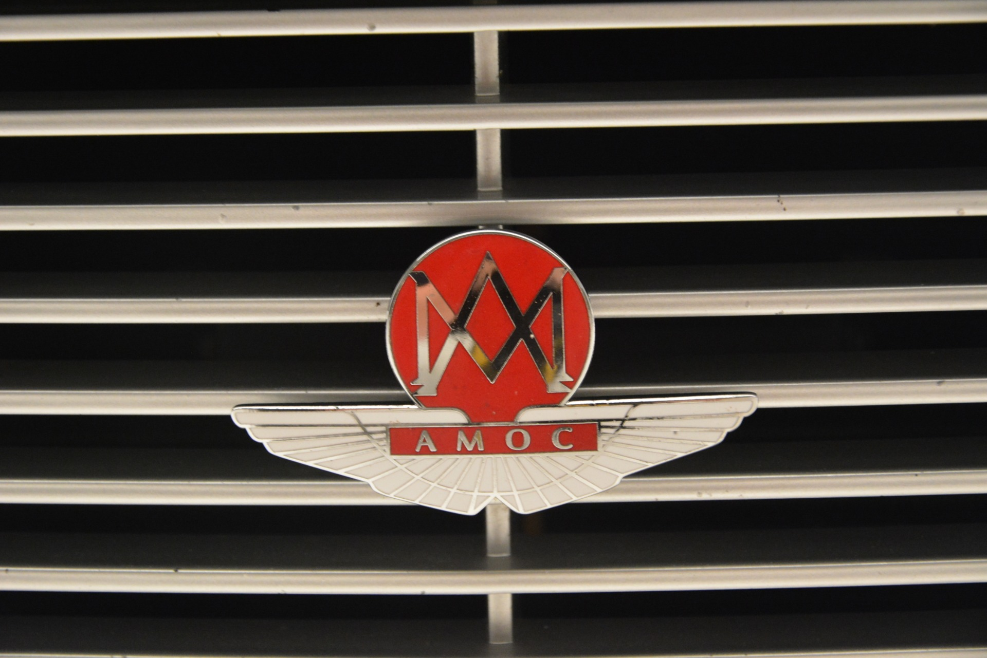 Used 2004 Aston Martin V12 Vanquish  For Sale In Greenwich, CT. Alfa Romeo of Greenwich, 7557C 3160_p20