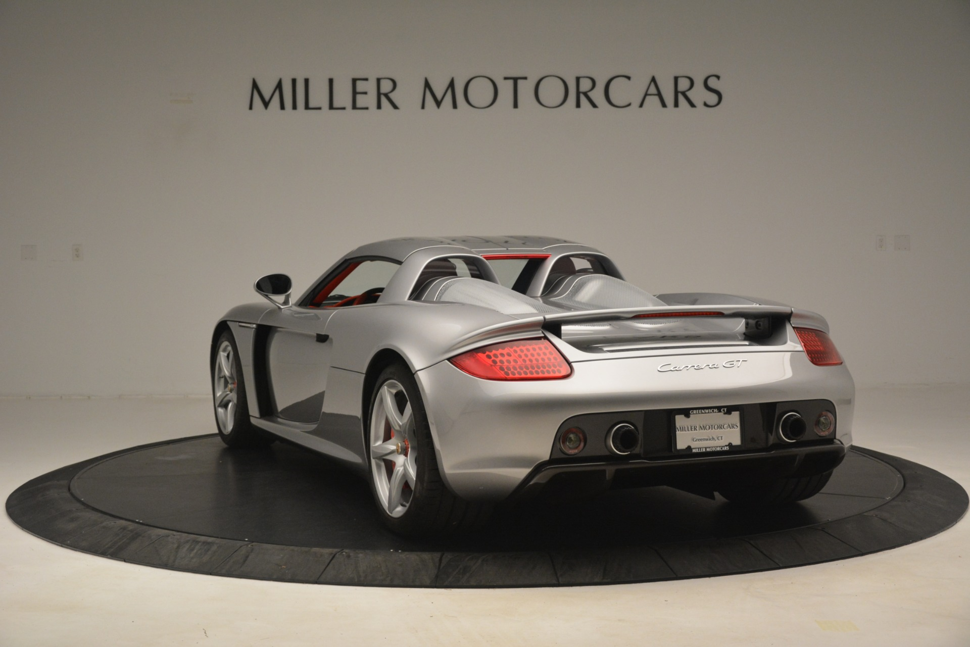 Used 2005 Porsche Carrera GT  For Sale In Greenwich, CT. Alfa Romeo of Greenwich, 7558C 3161_p17