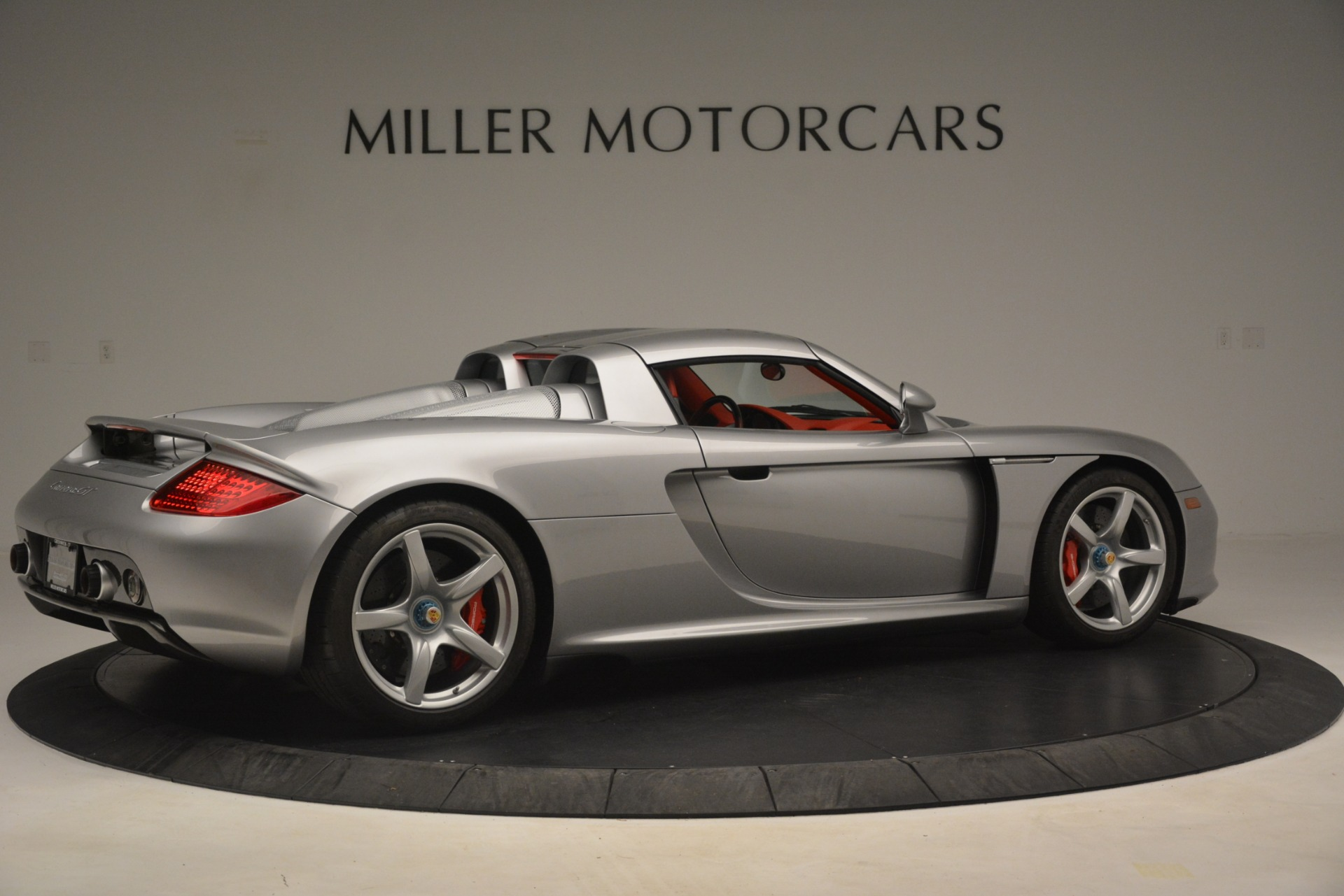 Used 2005 Porsche Carrera GT  For Sale In Greenwich, CT. Alfa Romeo of Greenwich, 7558C 3161_p19