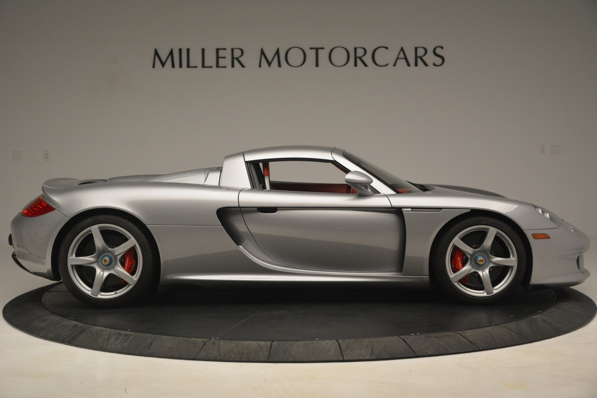 Used 2005 Porsche Carrera GT  For Sale In Greenwich, CT. Alfa Romeo of Greenwich, 7558C 3161_p20