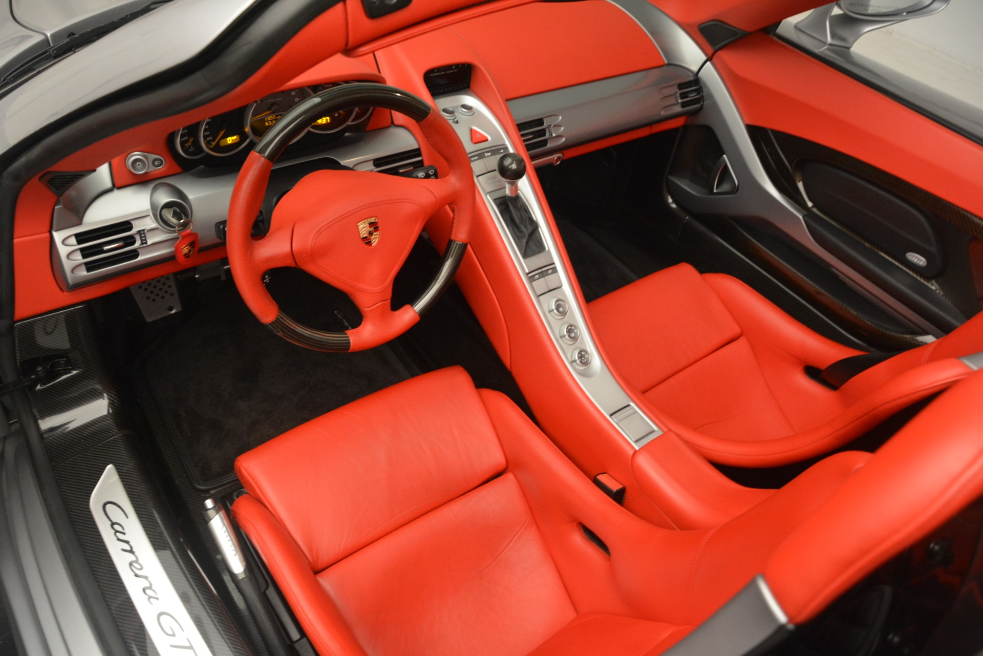 Used 2005 Porsche Carrera GT  For Sale In Greenwich, CT. Alfa Romeo of Greenwich, 7558C 3161_p23