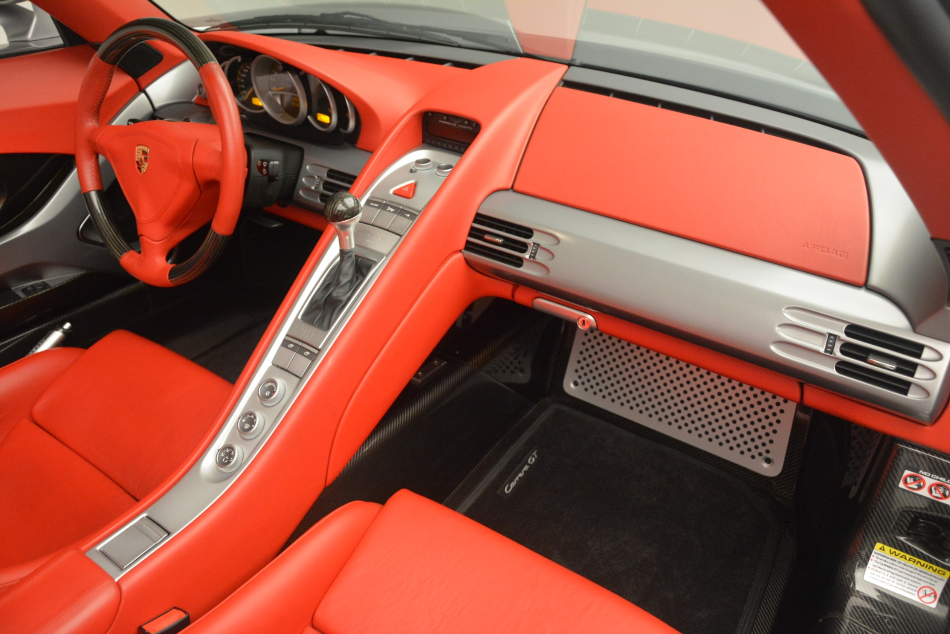 Used 2005 Porsche Carrera GT  For Sale In Greenwich, CT. Alfa Romeo of Greenwich, 7558C 3161_p32